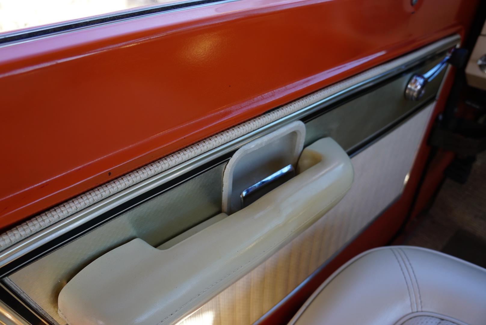 1974 Ford Bronco door