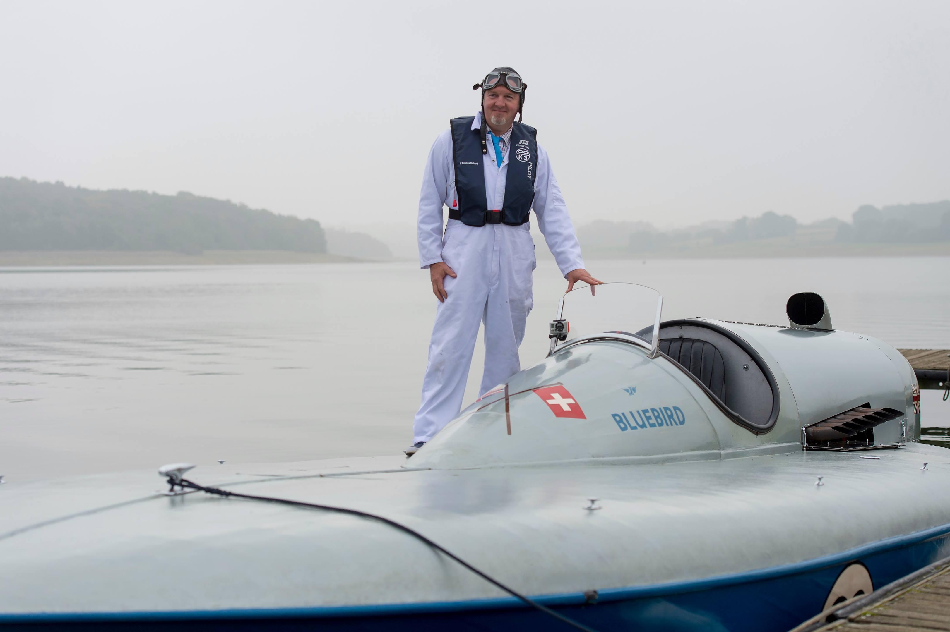 Blue Bird K3 on the water