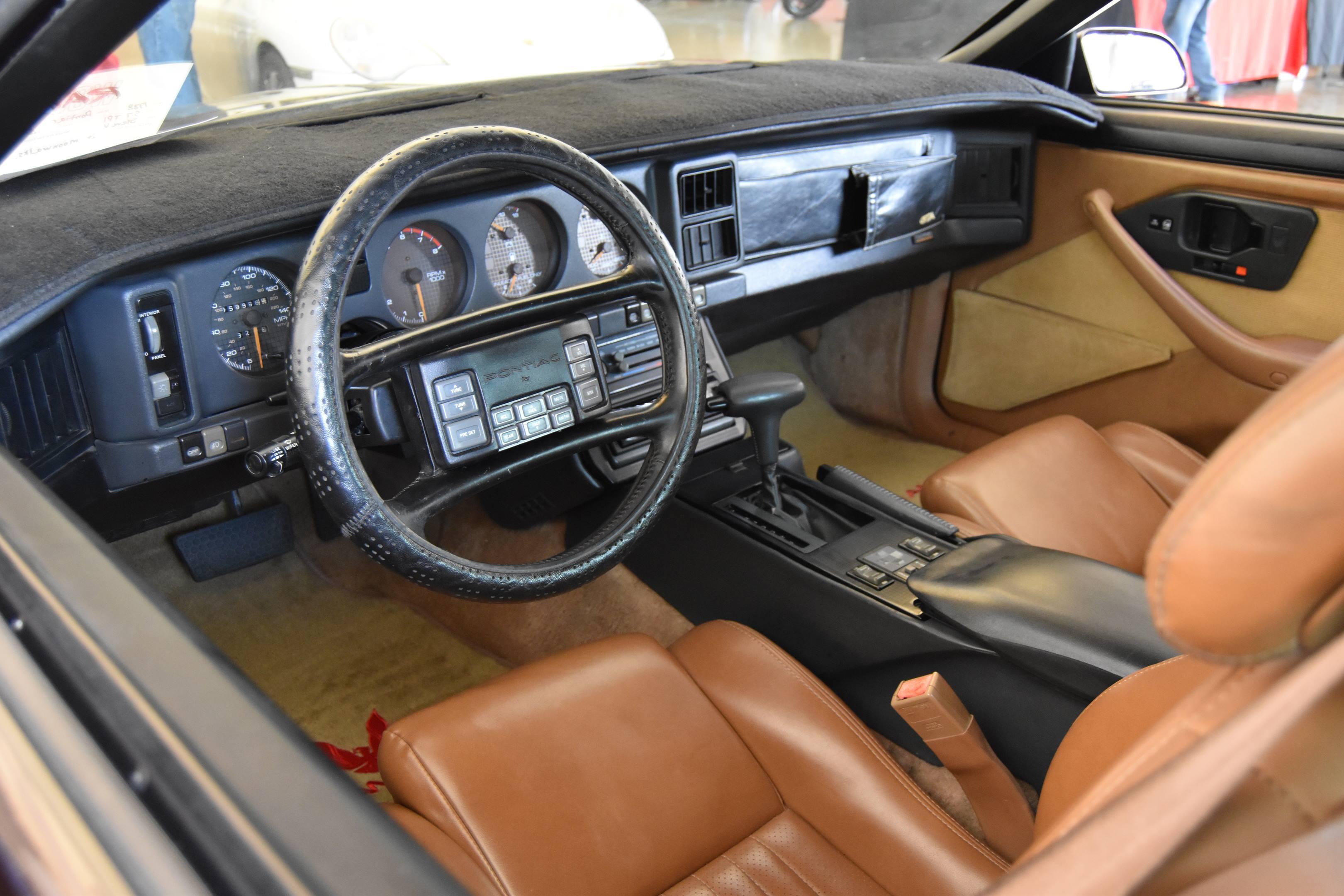Pontiac Trans Am GTA interior steering wheel
