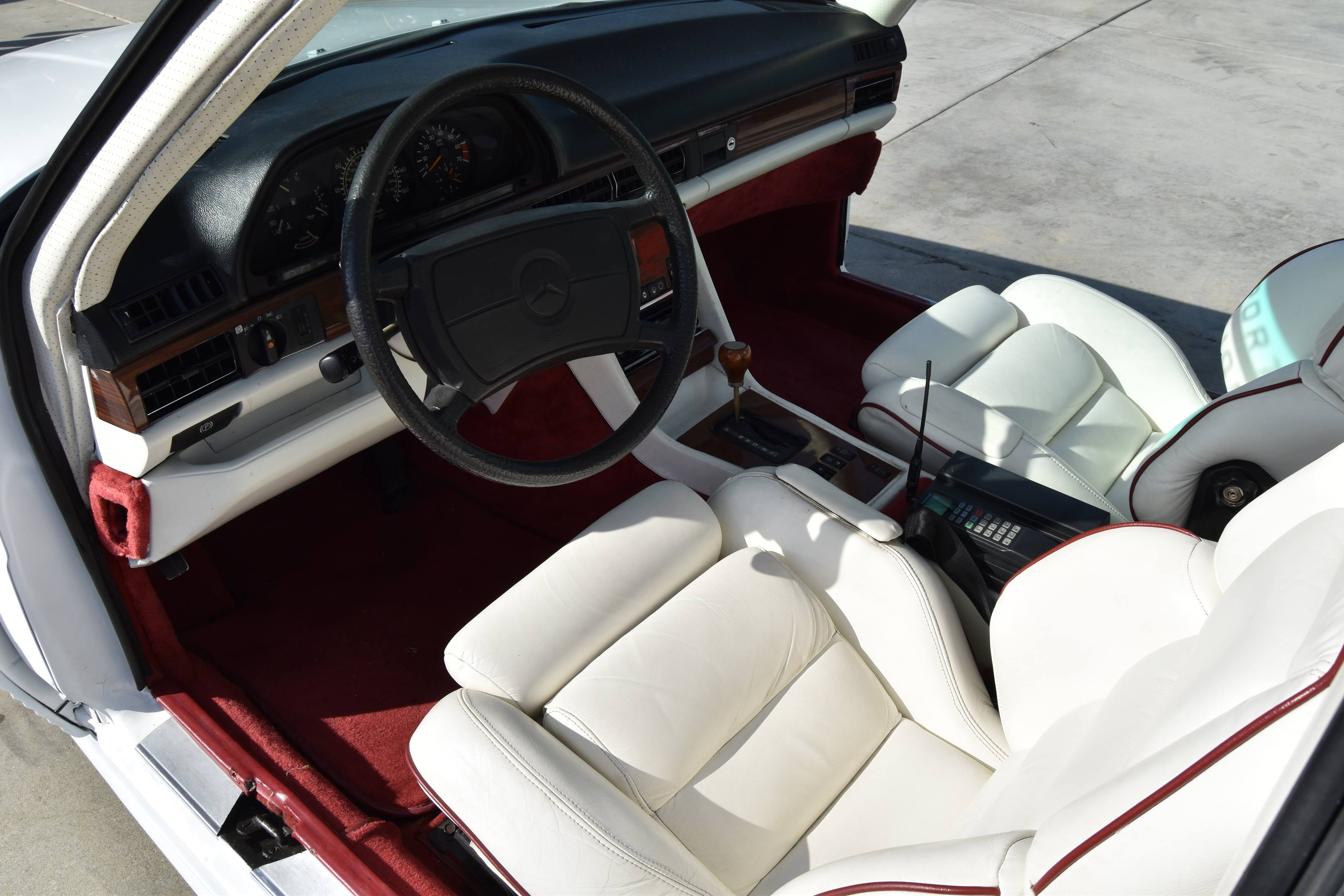 1983 Mercedes-Benz 500SEC Gullwing interior