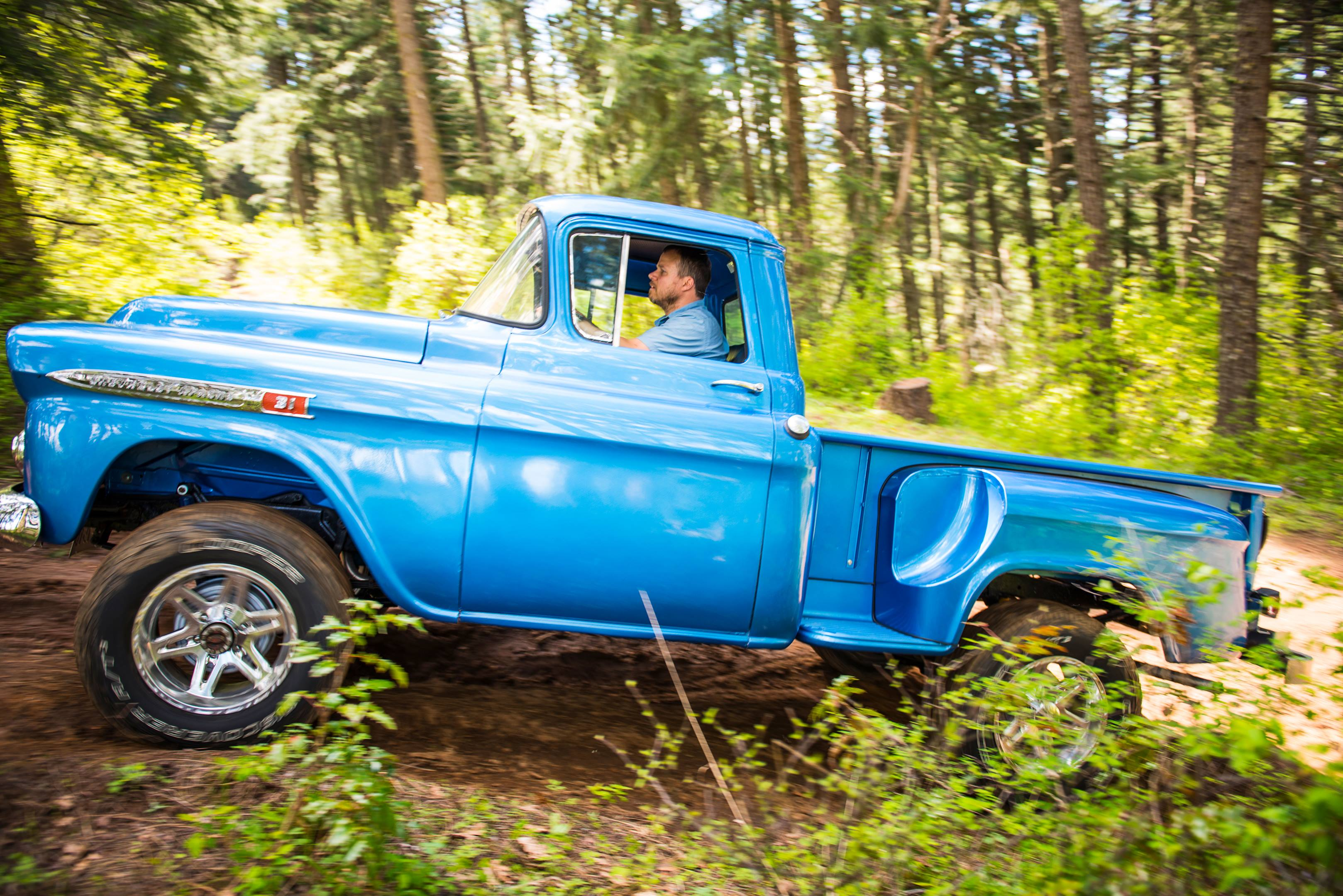 Chevy 4x4 truck profile