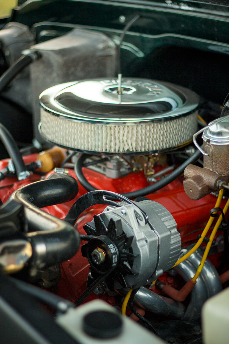 The rebuilt small-block in the '72 C10