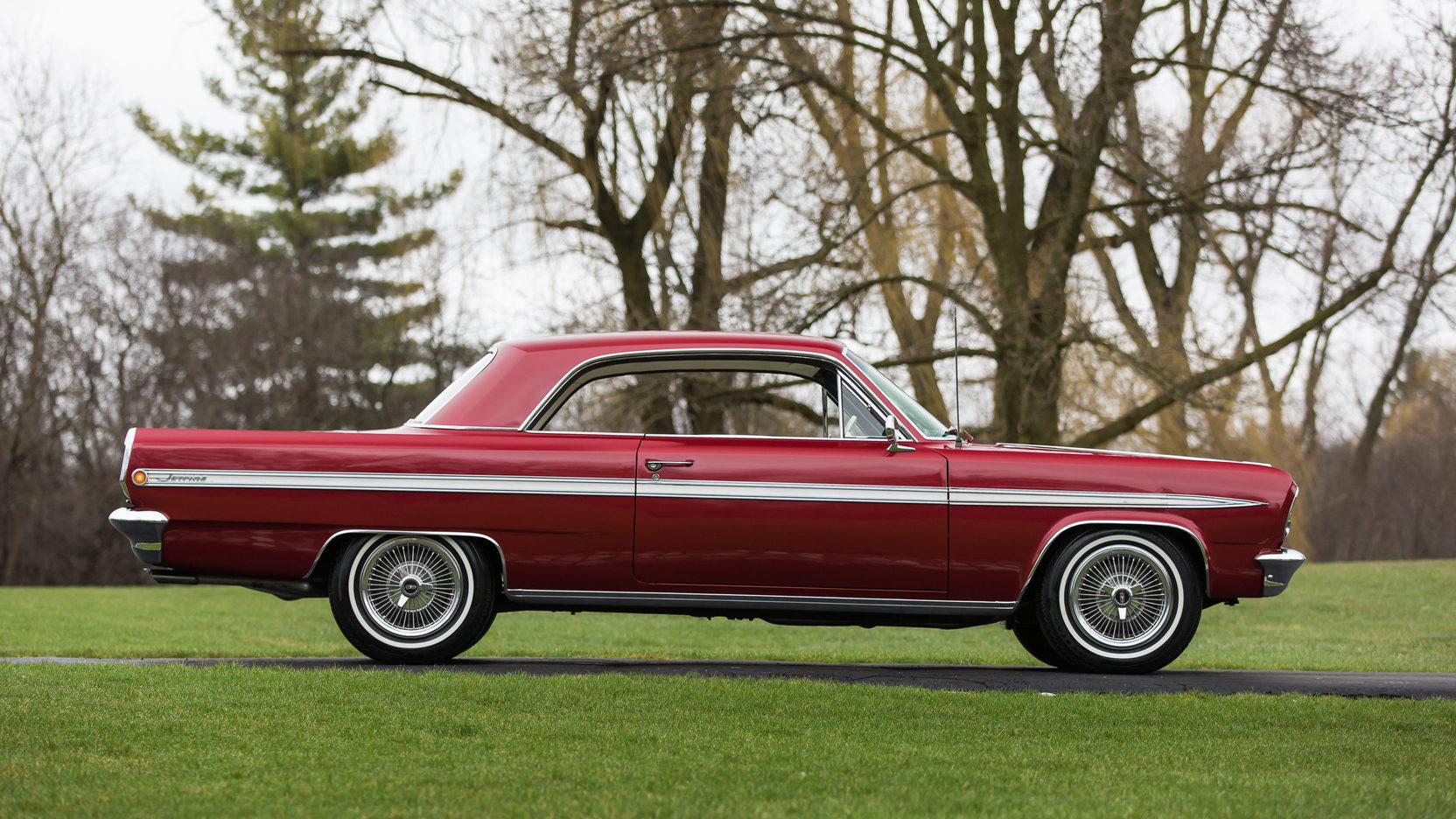 1963 Oldsmobile Jetfire