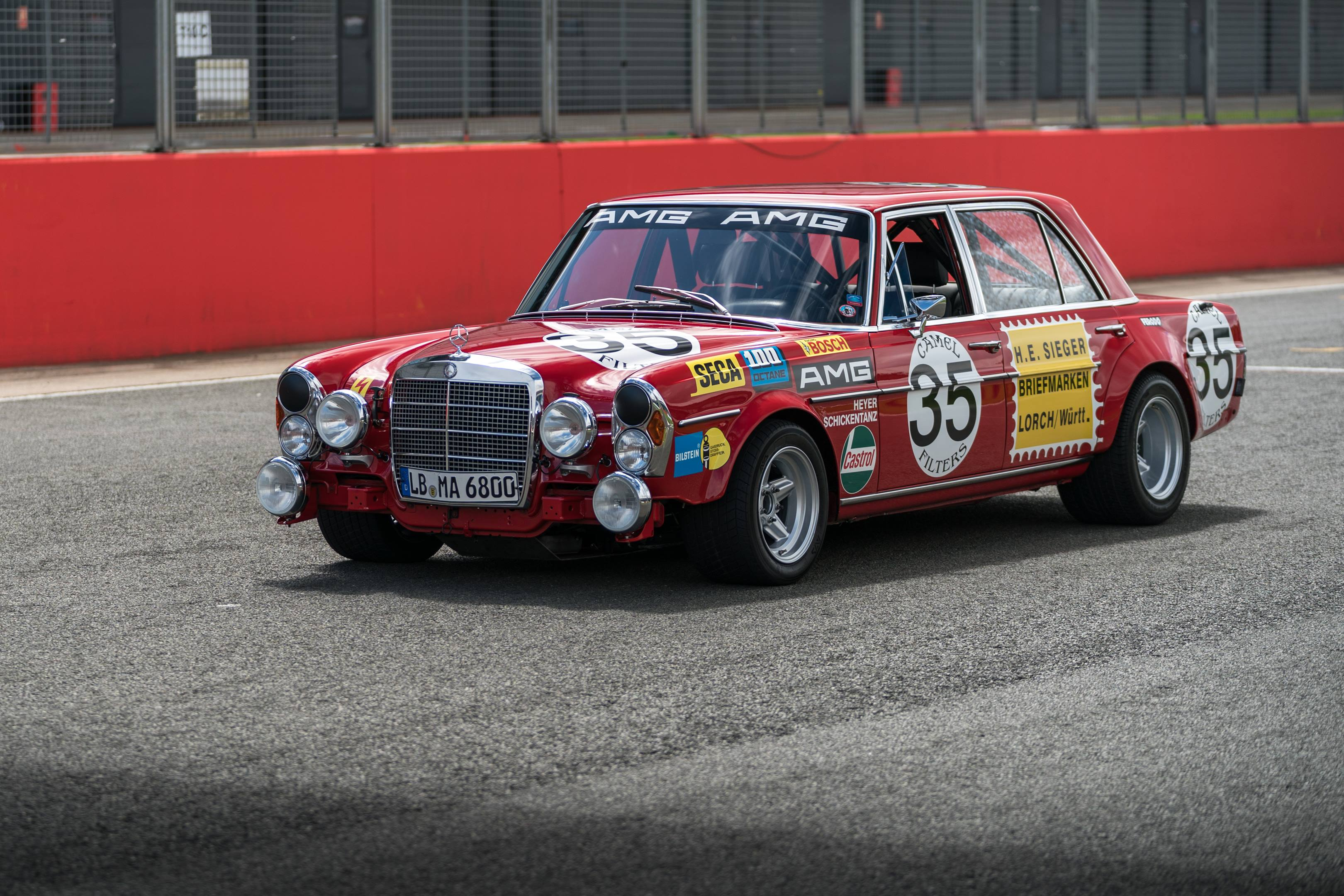mercedes benz amg 300SEL 6.3 red pig silverstone
