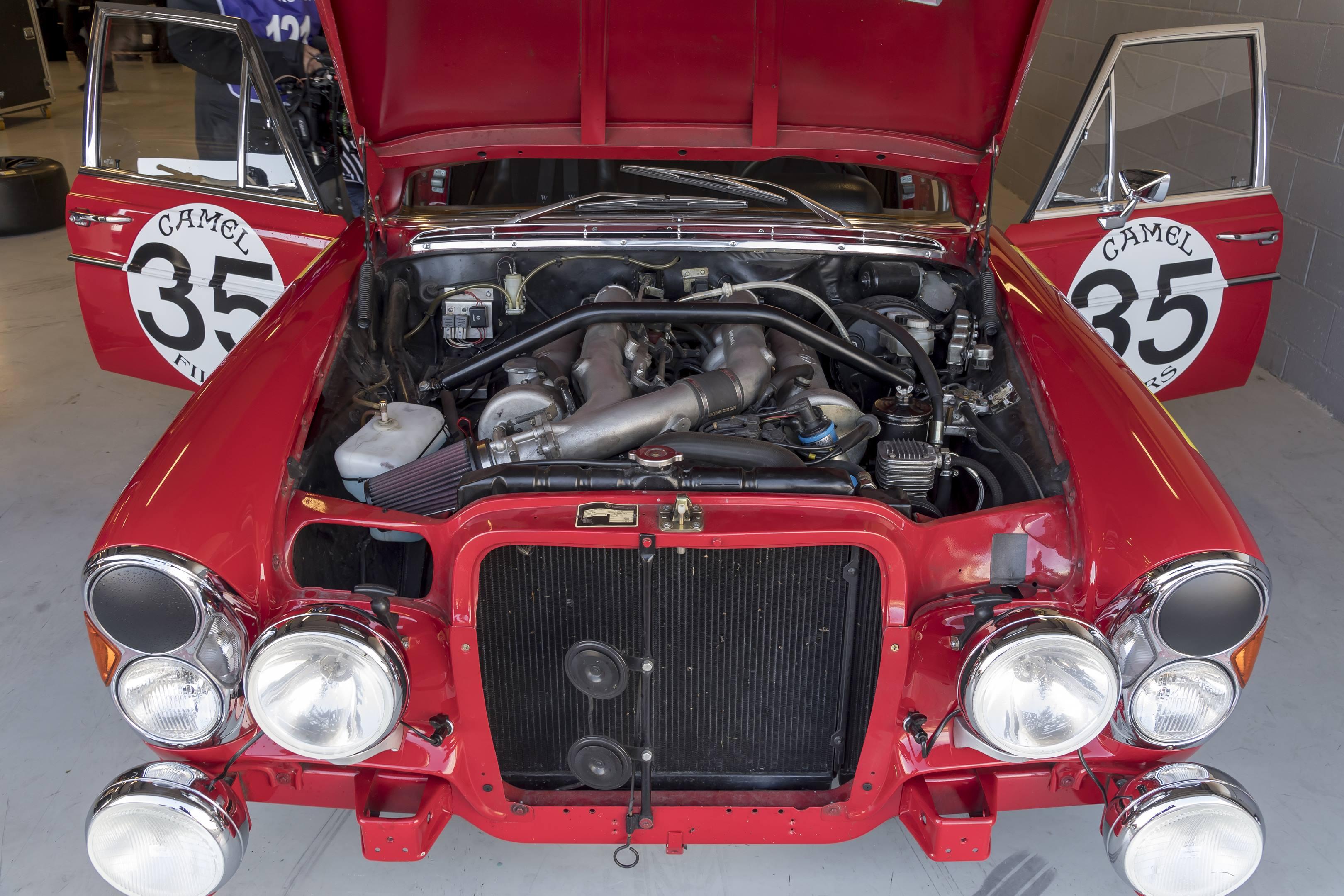 mercedes benz amg 300SEL 6.3 red pig engine
