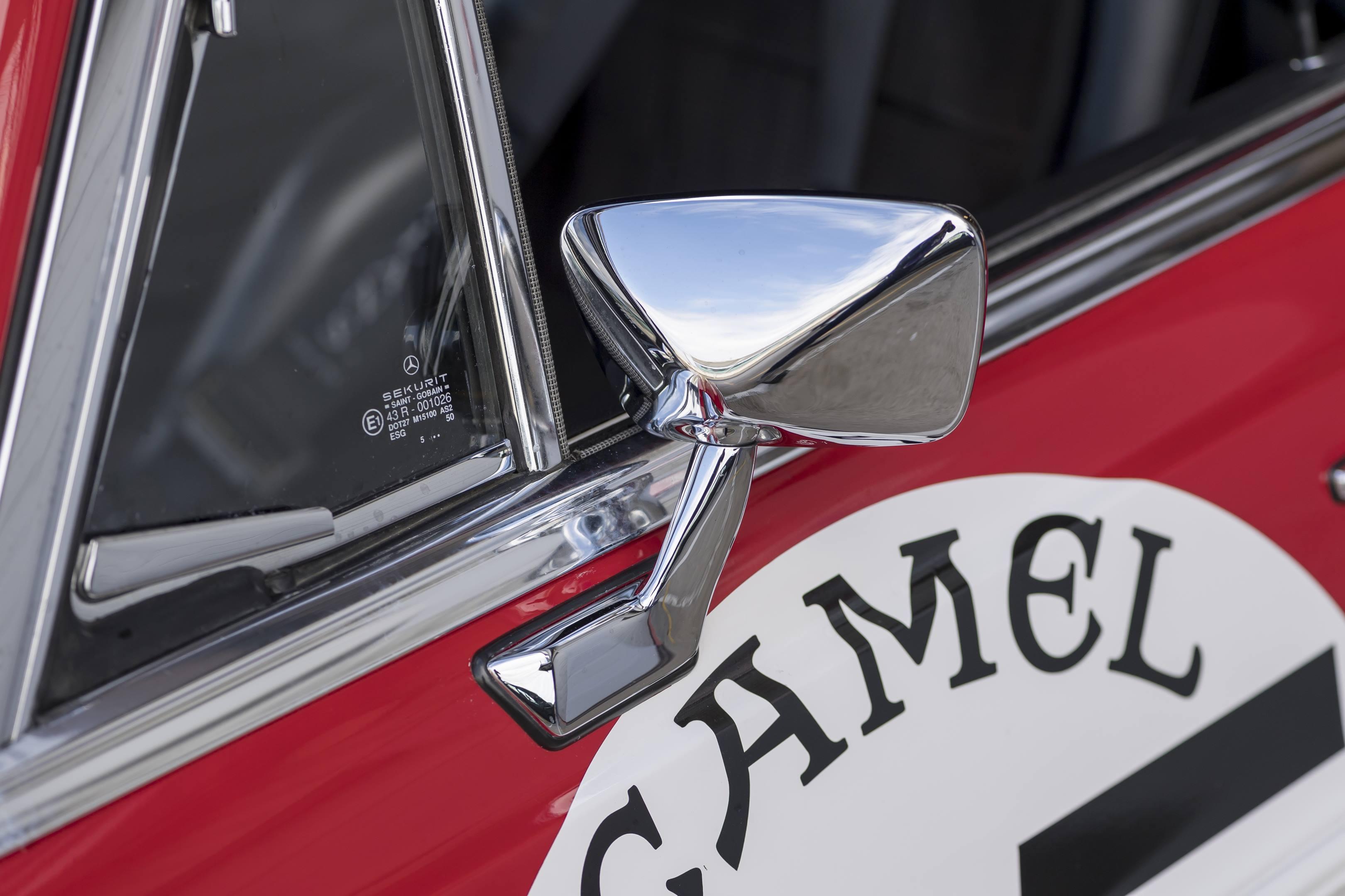 mercedes benz amg 300SEL 6.3 side mirror
