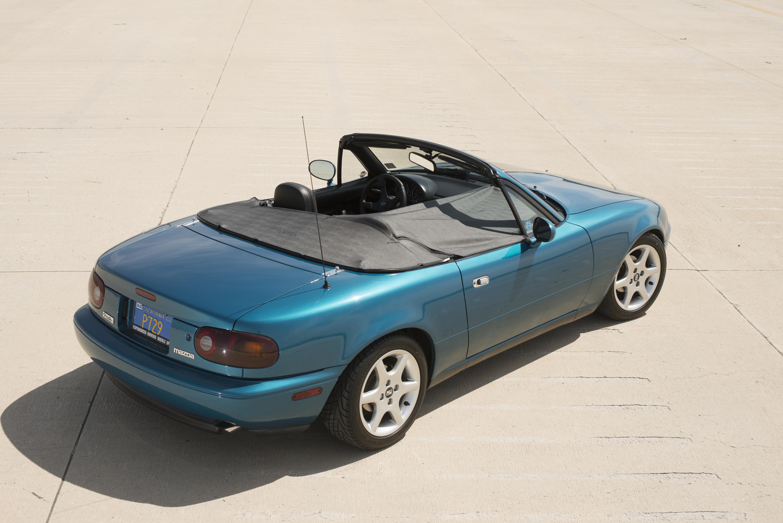 1990 mazda mx5 miata teal green metallic rear