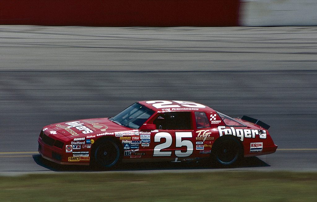 Tim Richmond driving the No. 25 Folgers Coffee Chevrolet Monte Carlo for Hendrick Motorsports.