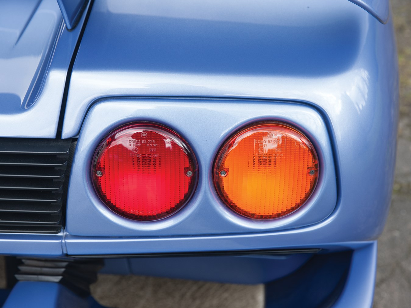 1995 Lamborghini Diablo tail light