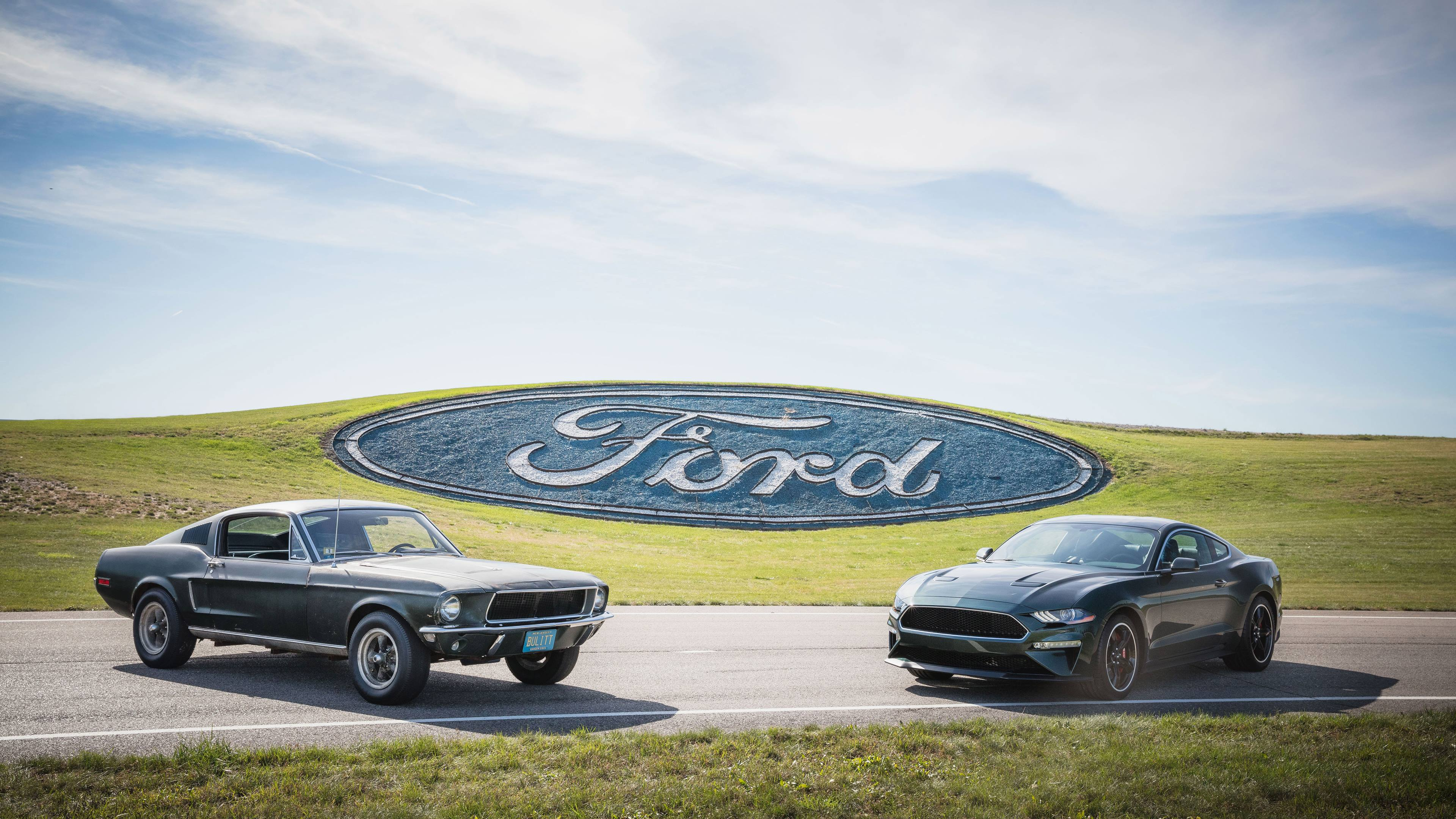 50 years of history - The original 1968 Bullitt Mustang with the new 2019 model