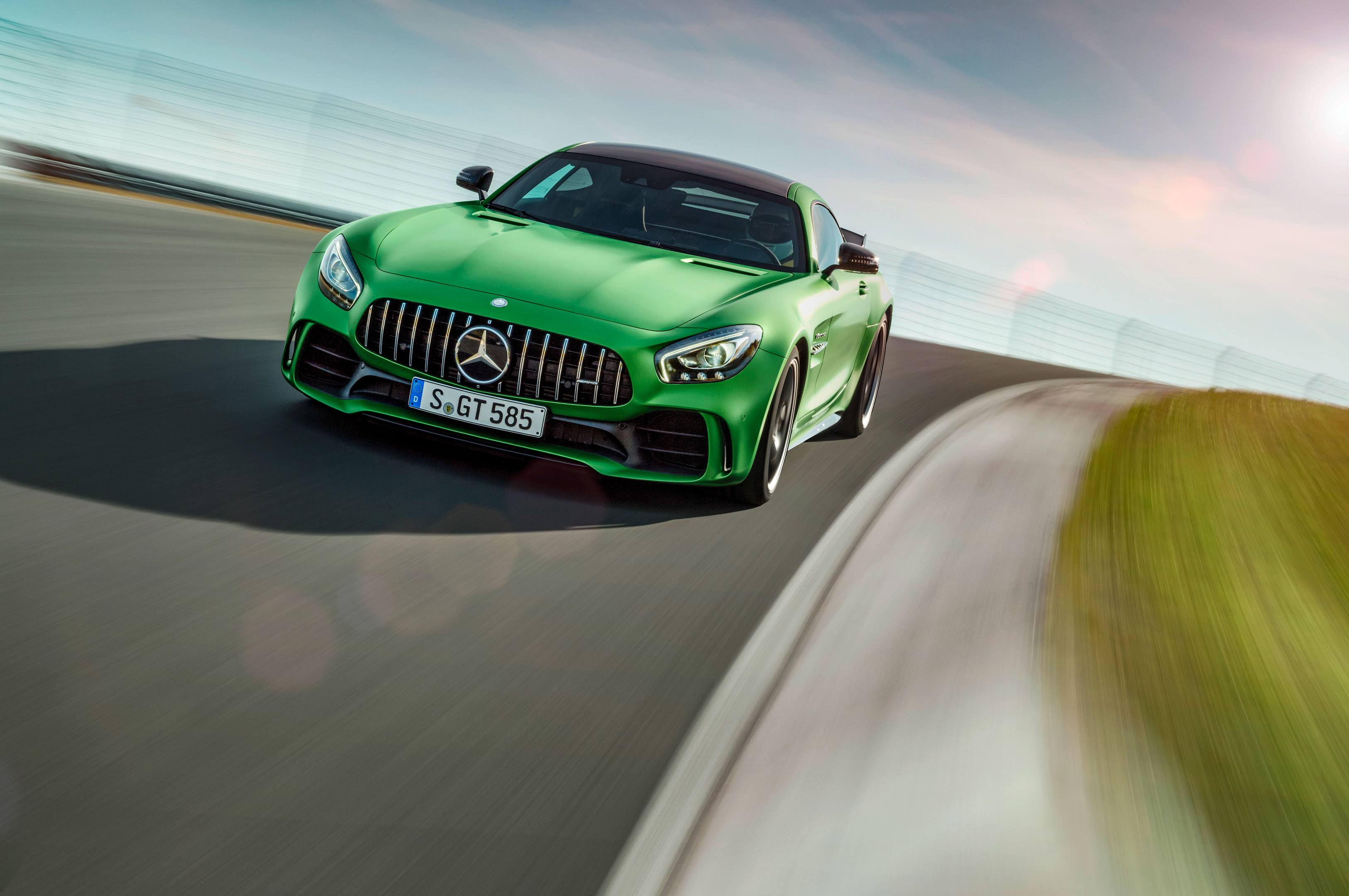 2018 Mercedes-AMG GT R on the track