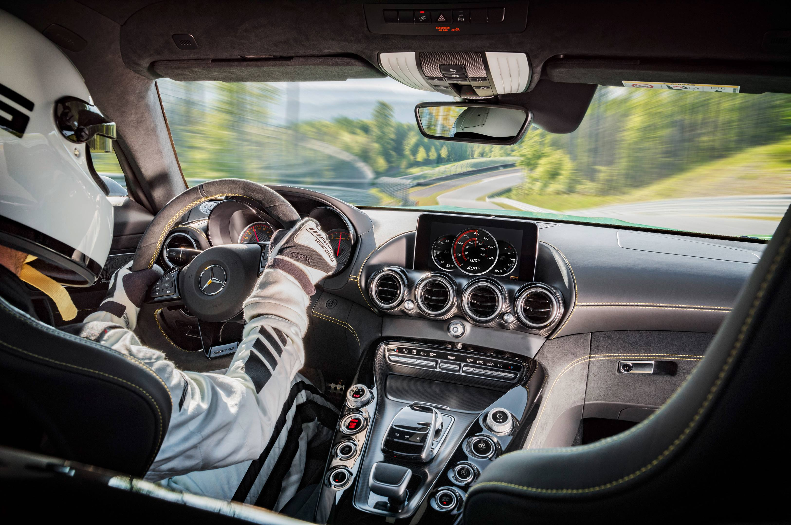 2018 Mercedes-AMG GT R dashboard view