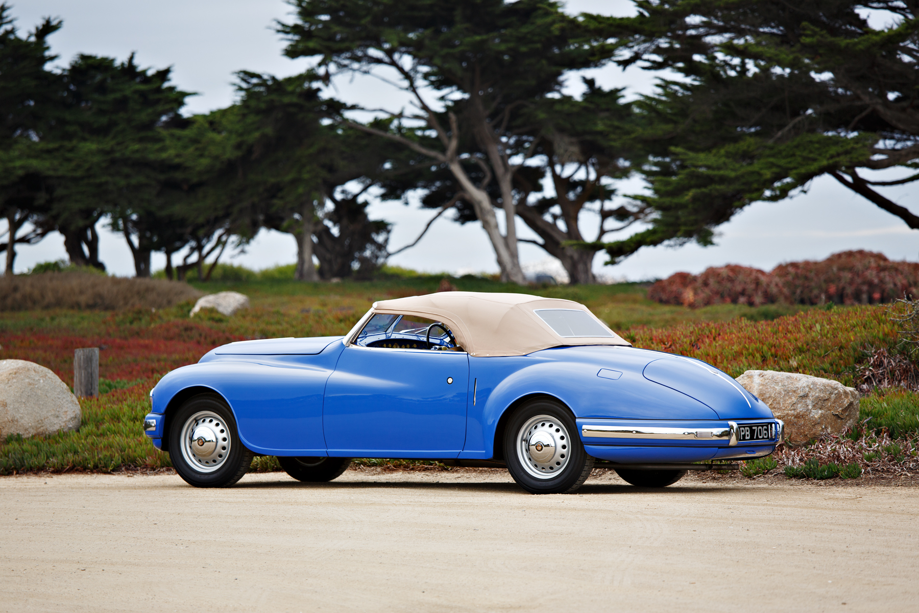 1949 Bristol 402 Cabriolet profile with the top up