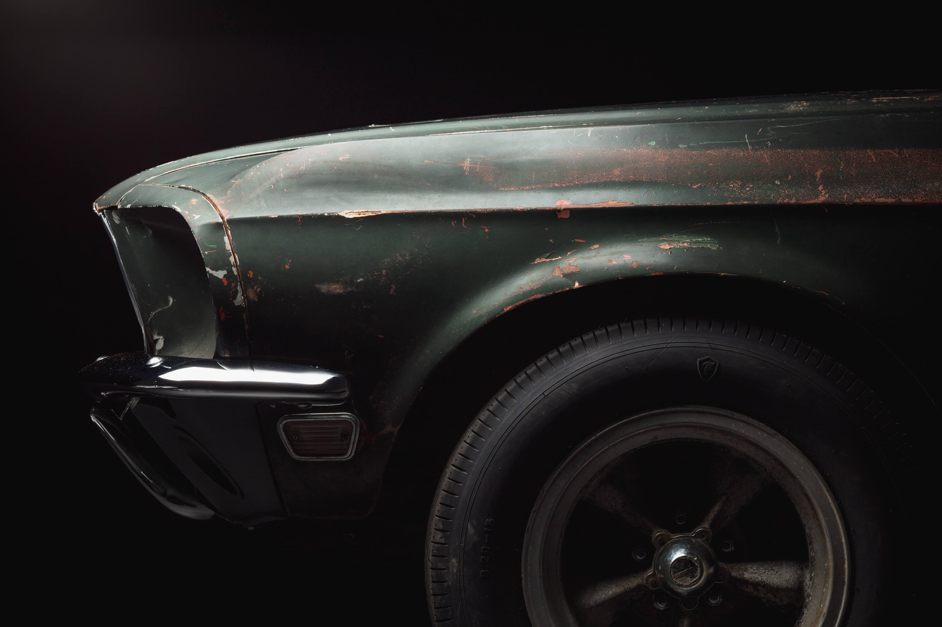 Bullitt Mustang front quarter panel detail