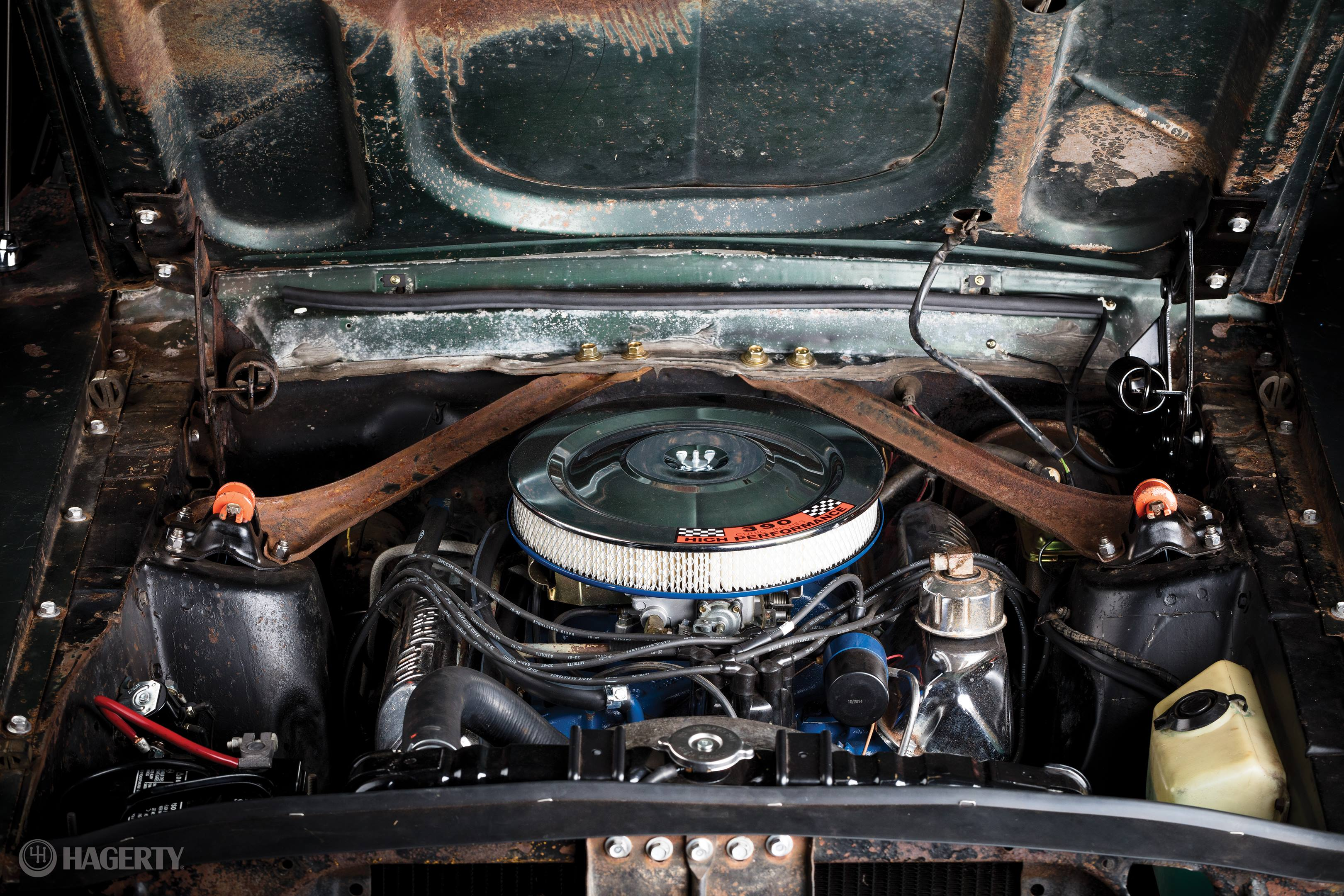 For the film, racer and mechanic Max Balchowsky tweaked the 390-cubic-inch Ford V-8.