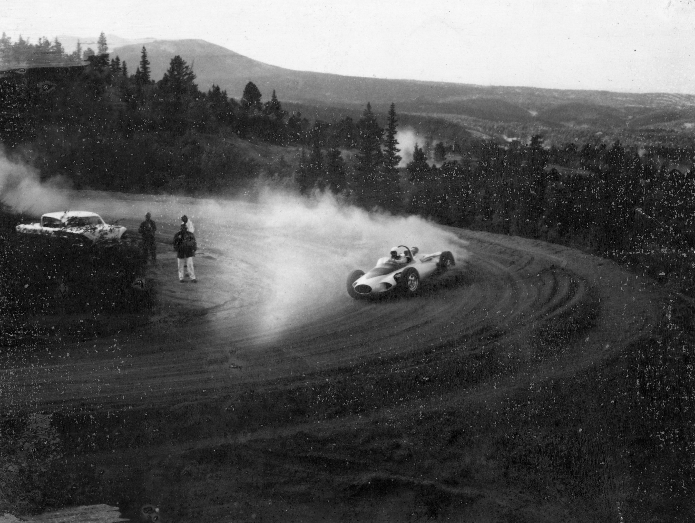 Arkus-Duntov demonstrated masterful drift skills during CERV's Pikes Peak runs.