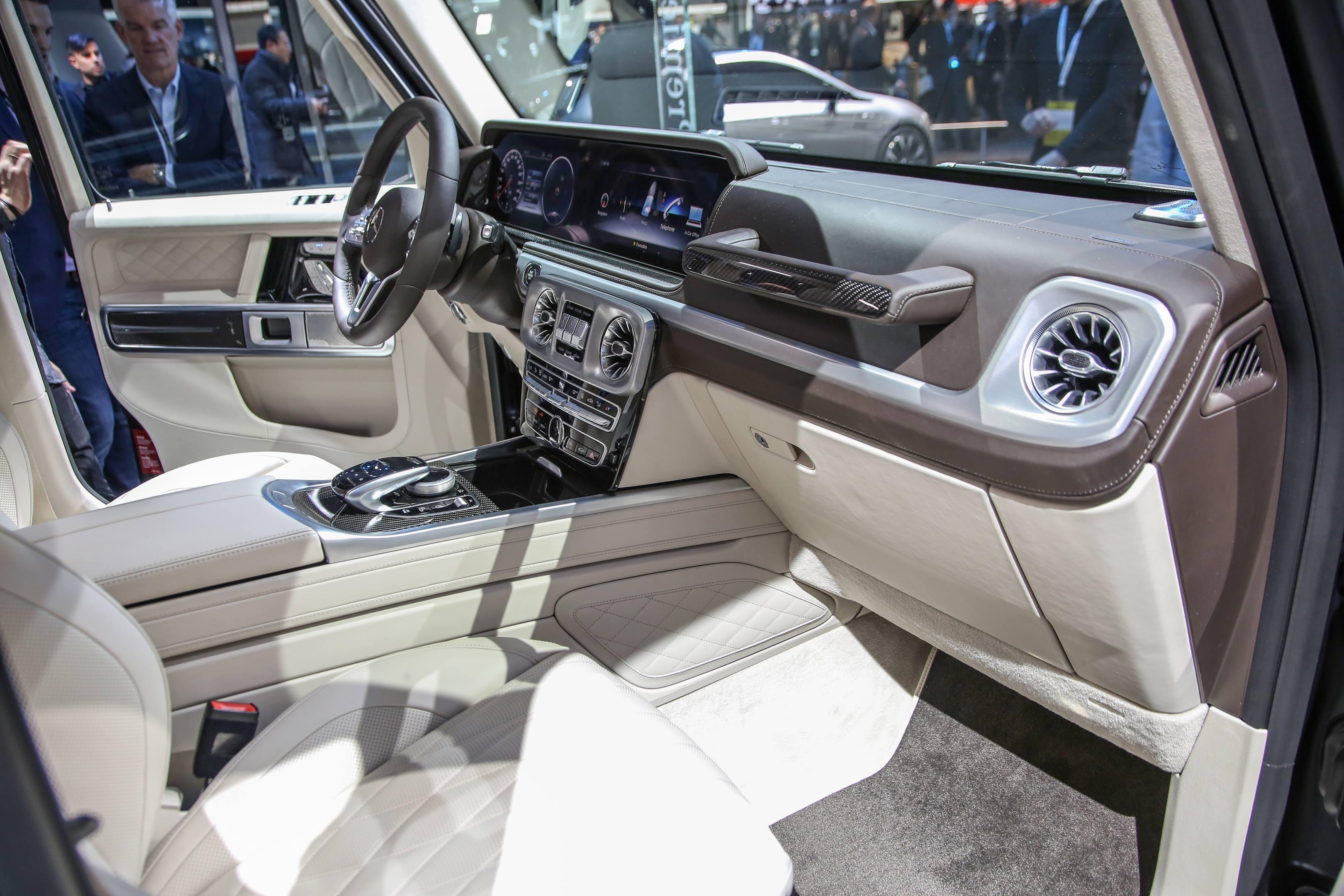 2019 Mercedes-Benz G-Class interior 2