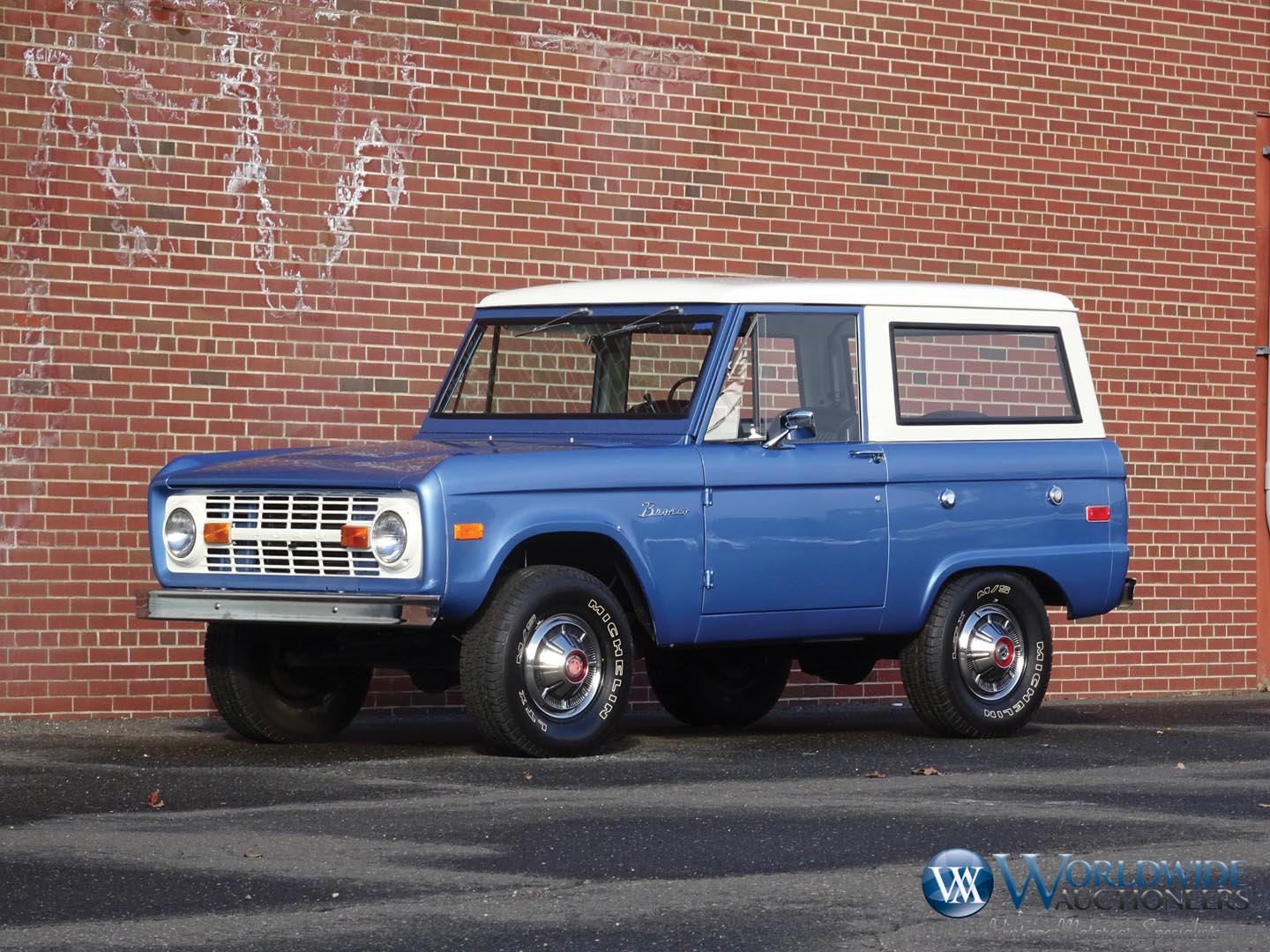1971 Ford Bronco U-100 4x4 Wagon