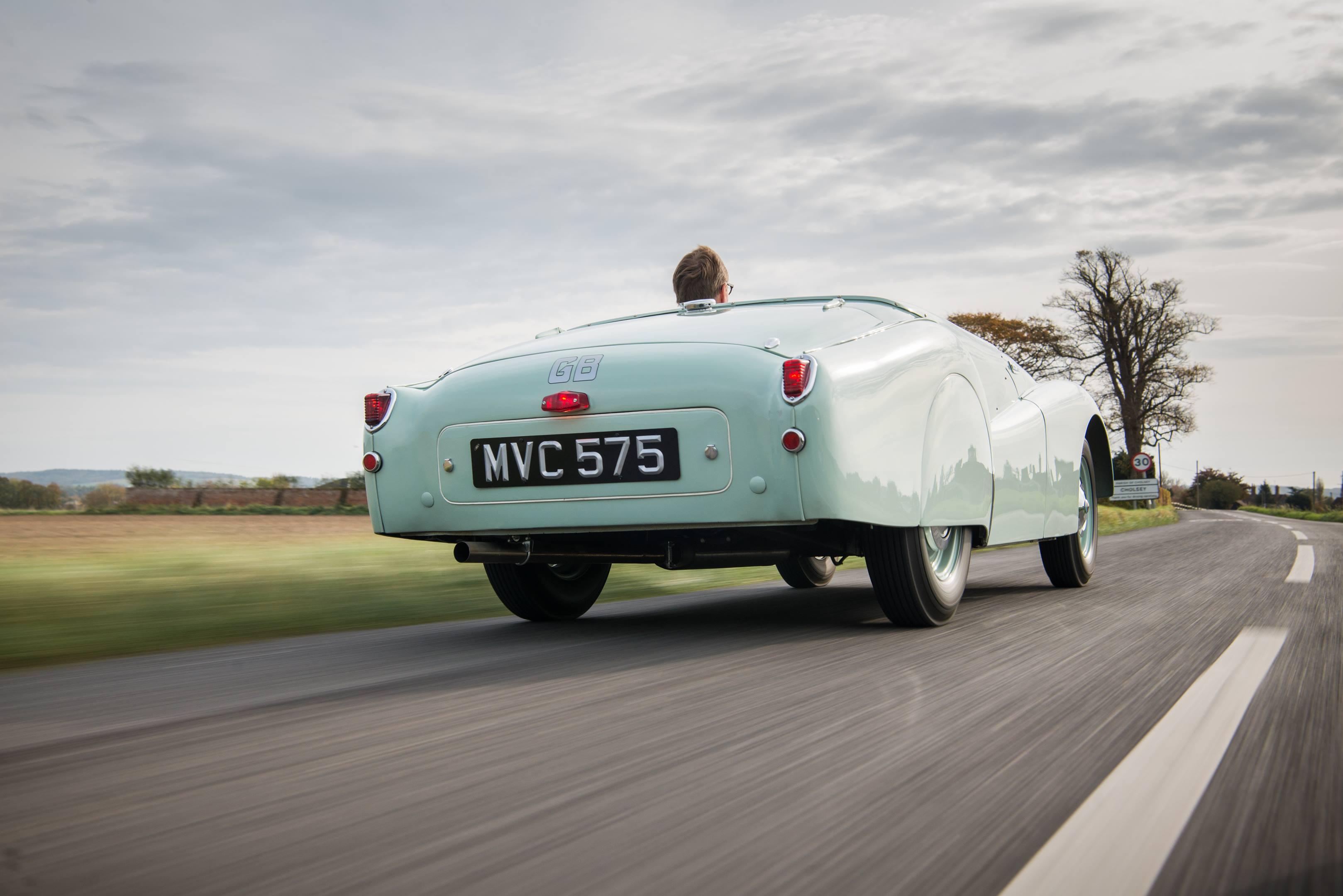 Triumph TR2 rear 3/4