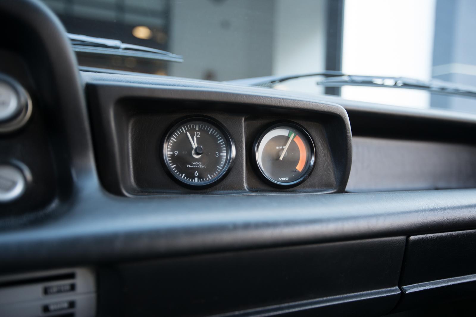 1974 BMW 2002 Turbo boost gauge