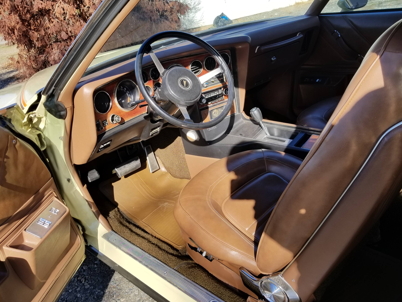 1973 Pontiac Grand Am driver side interior