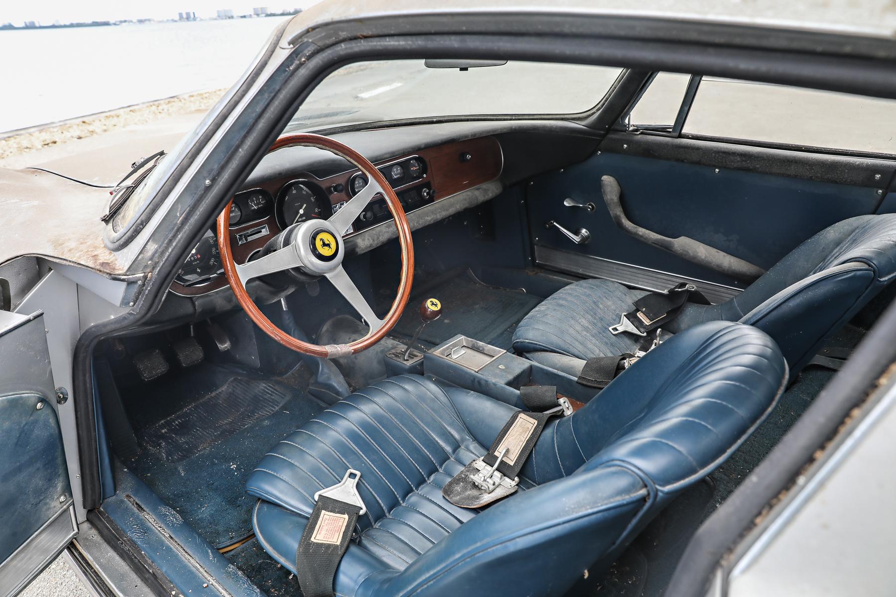 1966 Ferrari 275 GTB/2 interior