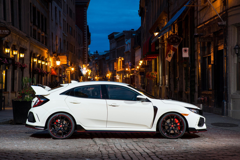 2017 Honda Civic Type R profile