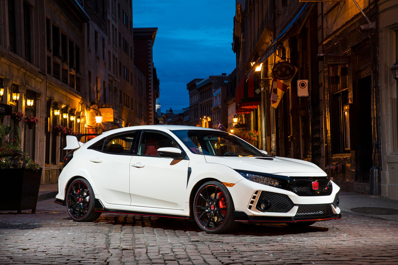 2017 Honda Civic Type R front 3/4