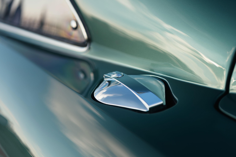Aston Martin DB4 GT gas cap