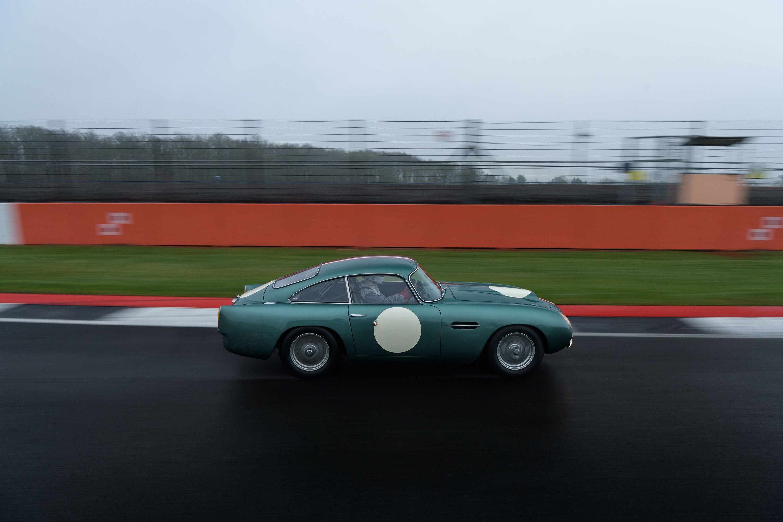 1959 Aston Martin DB4 GT profile