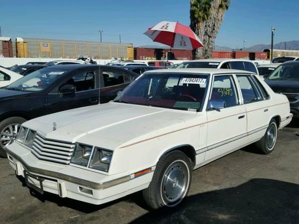 1983 Dodge 600 sedan front 3/4
