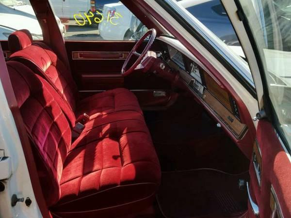 1983 Dodge 600 sedan front seat interior