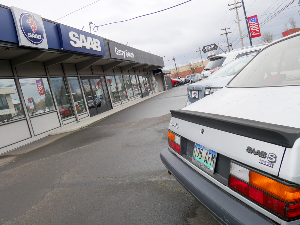 This 1989 900 S is the oldest car for sale on the lot.