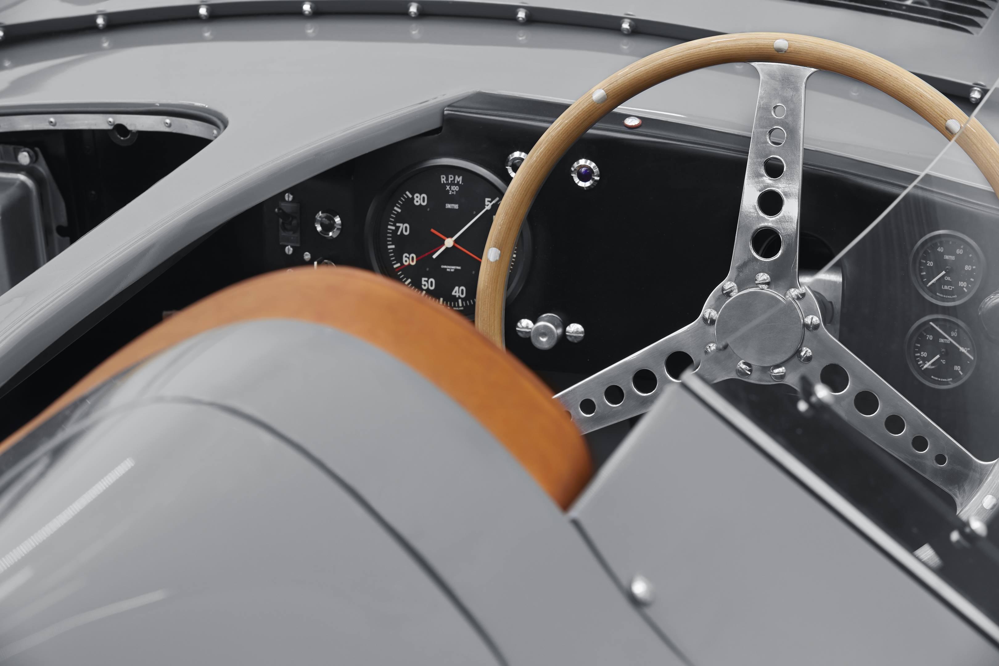 Jaguar Classics D-type replica