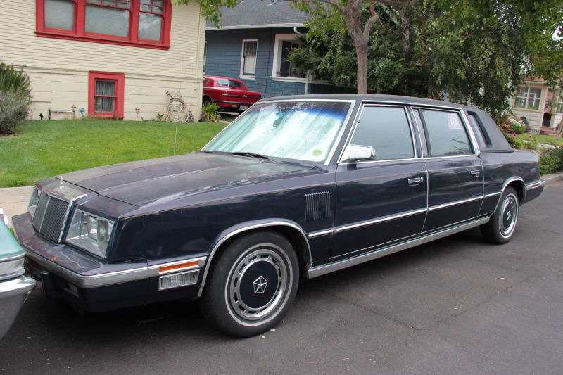 Chrysler Front left hand front corner side view