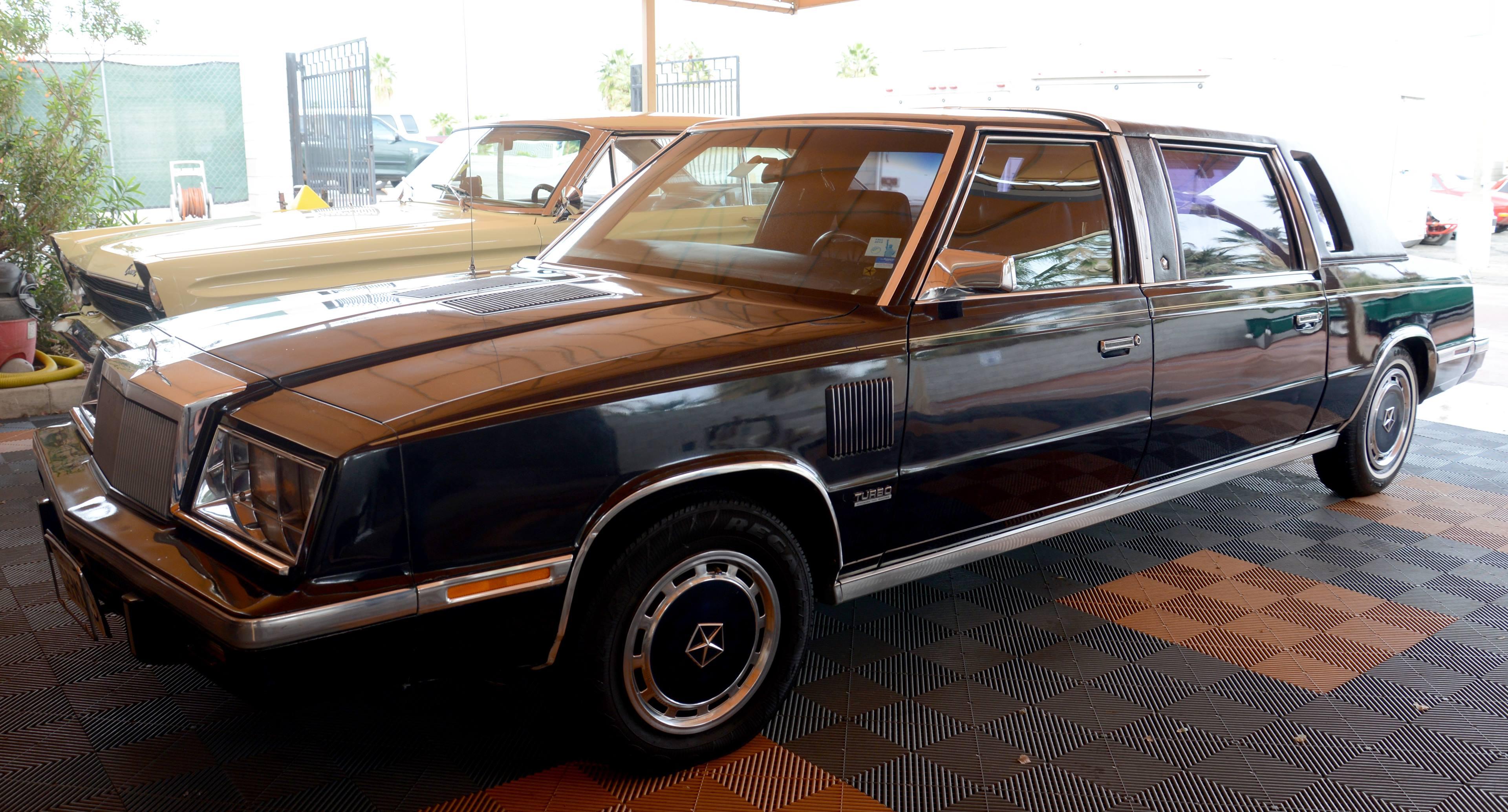 Frank Sinatra's Chrysler K-Car Limousine front left hand corner side