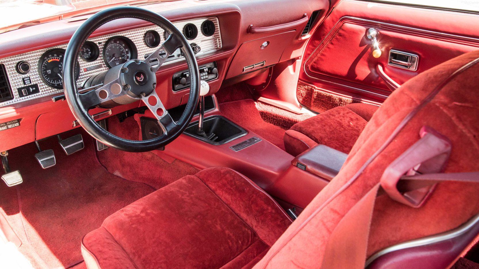 1978 Pontiac Macho Trans Am interior