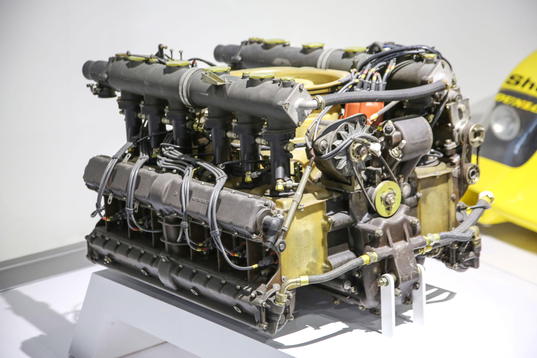 Porsche Type 912 flat-twelve engine