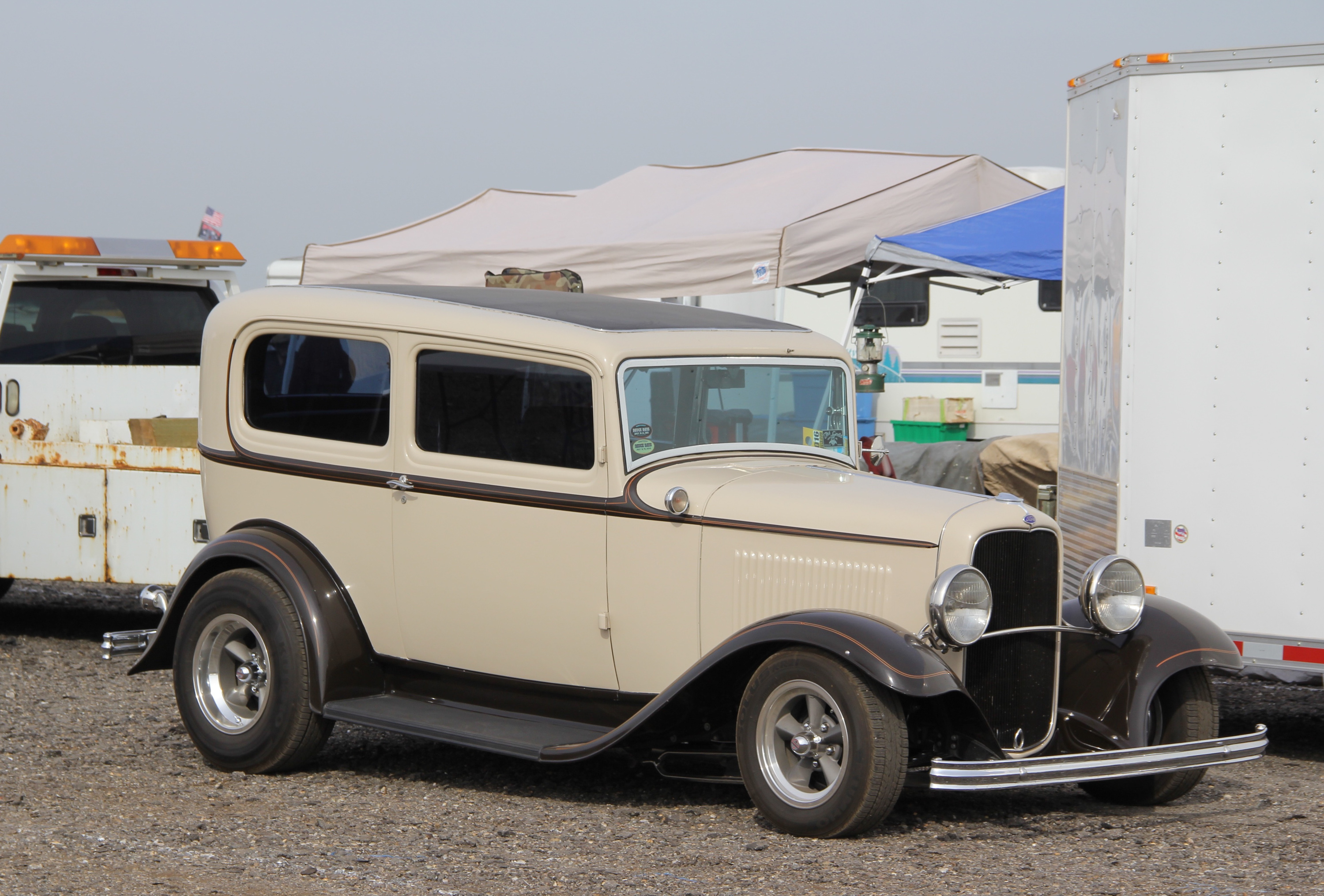 cream 1932 Ford Deuce coupe
