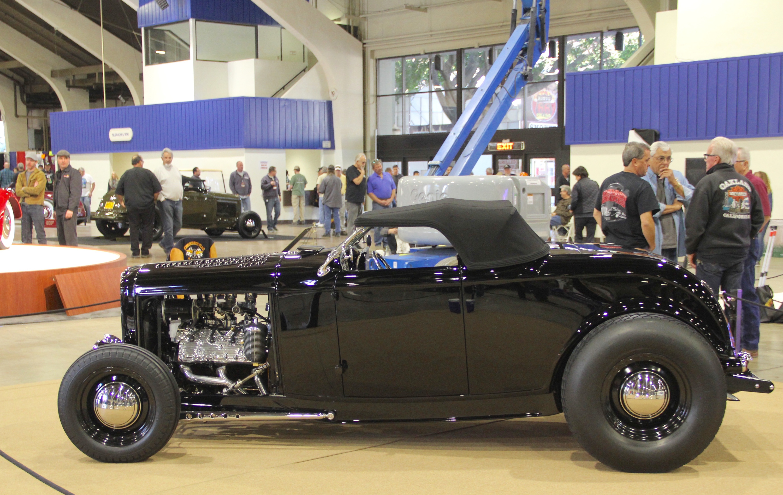 '32 Ford Deuce hot rod