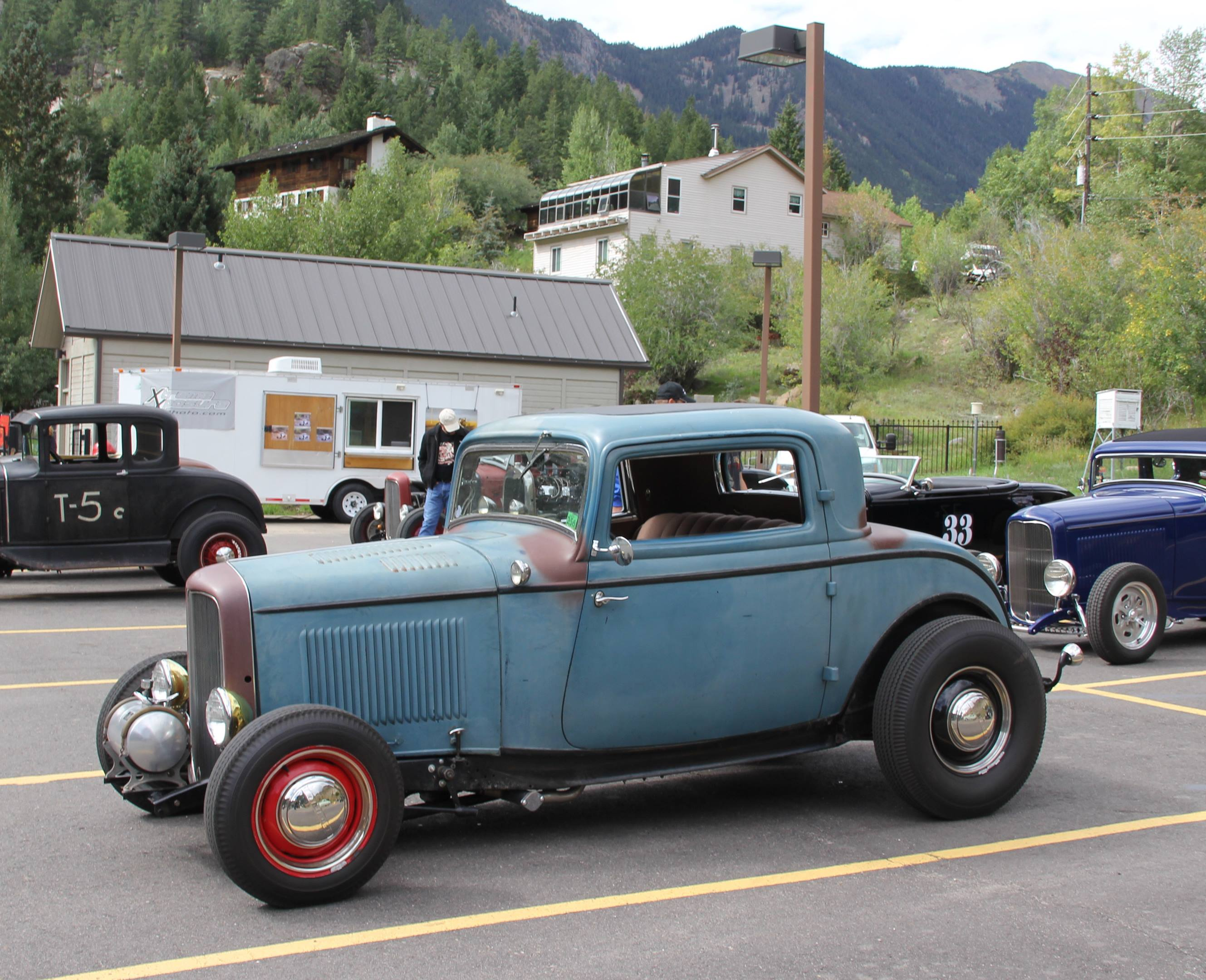 1932 Ford Deuce coupe with good patina
