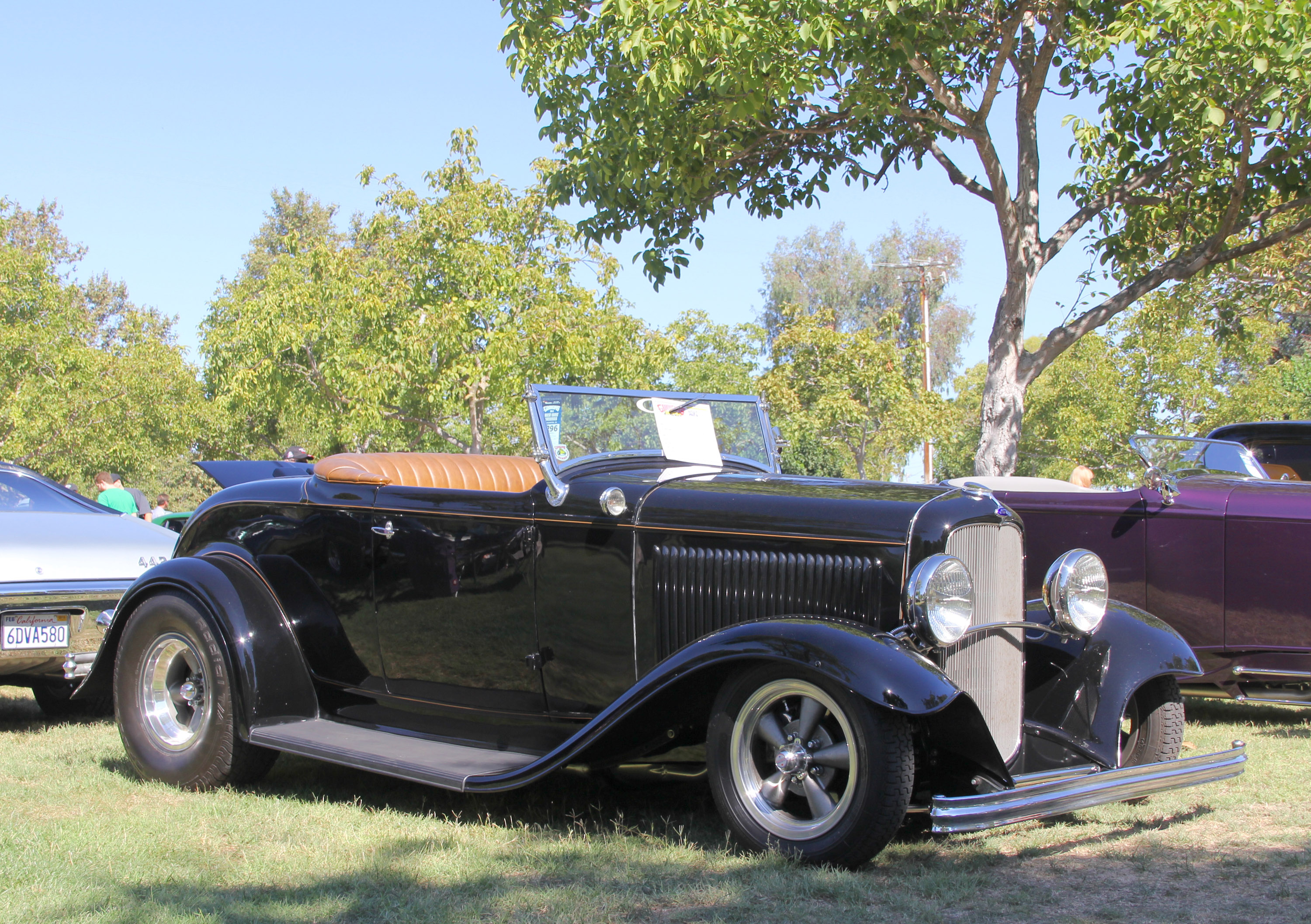 simple 32 Ford hot rod