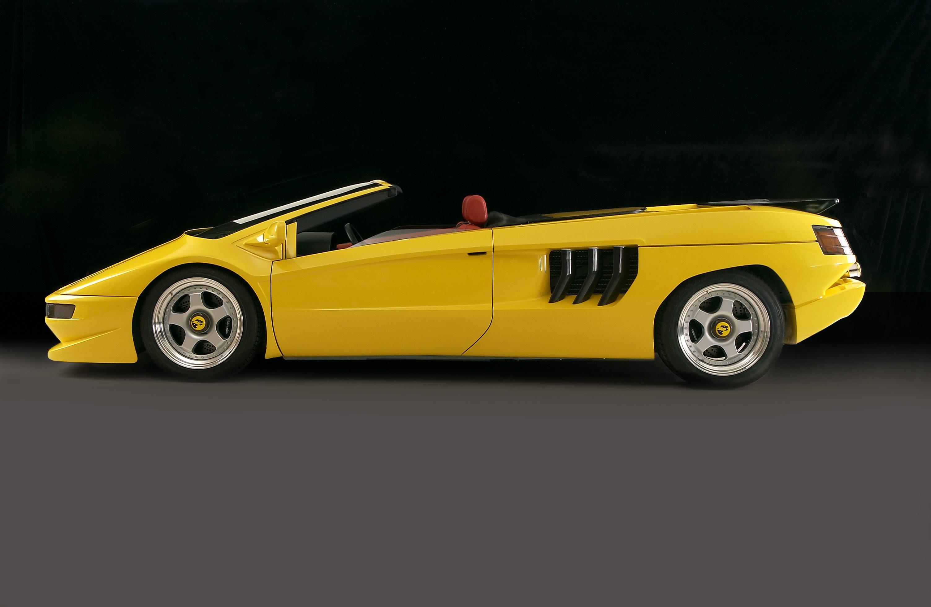 yellow Cizeta-Moroder V16T profile