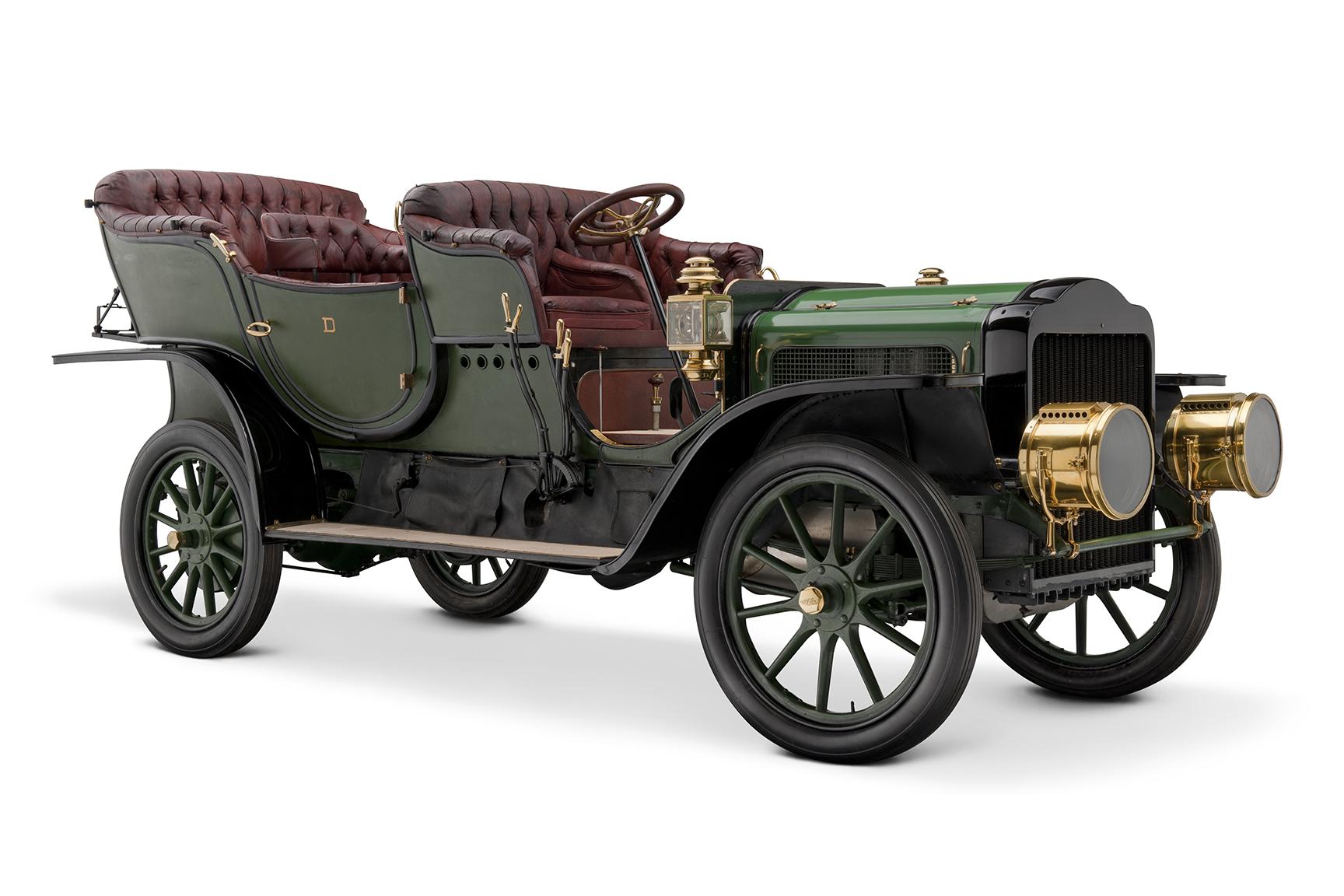 1907 White Model G Touring Car front 3/4