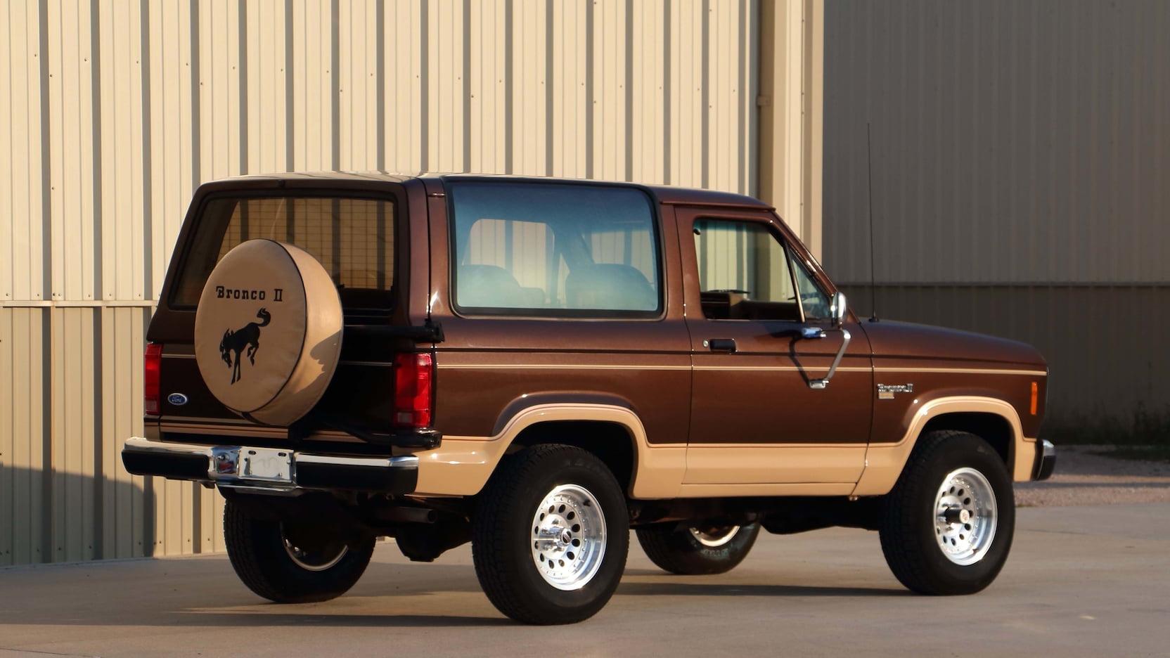 1987 Ford Bronco II rear 3/4