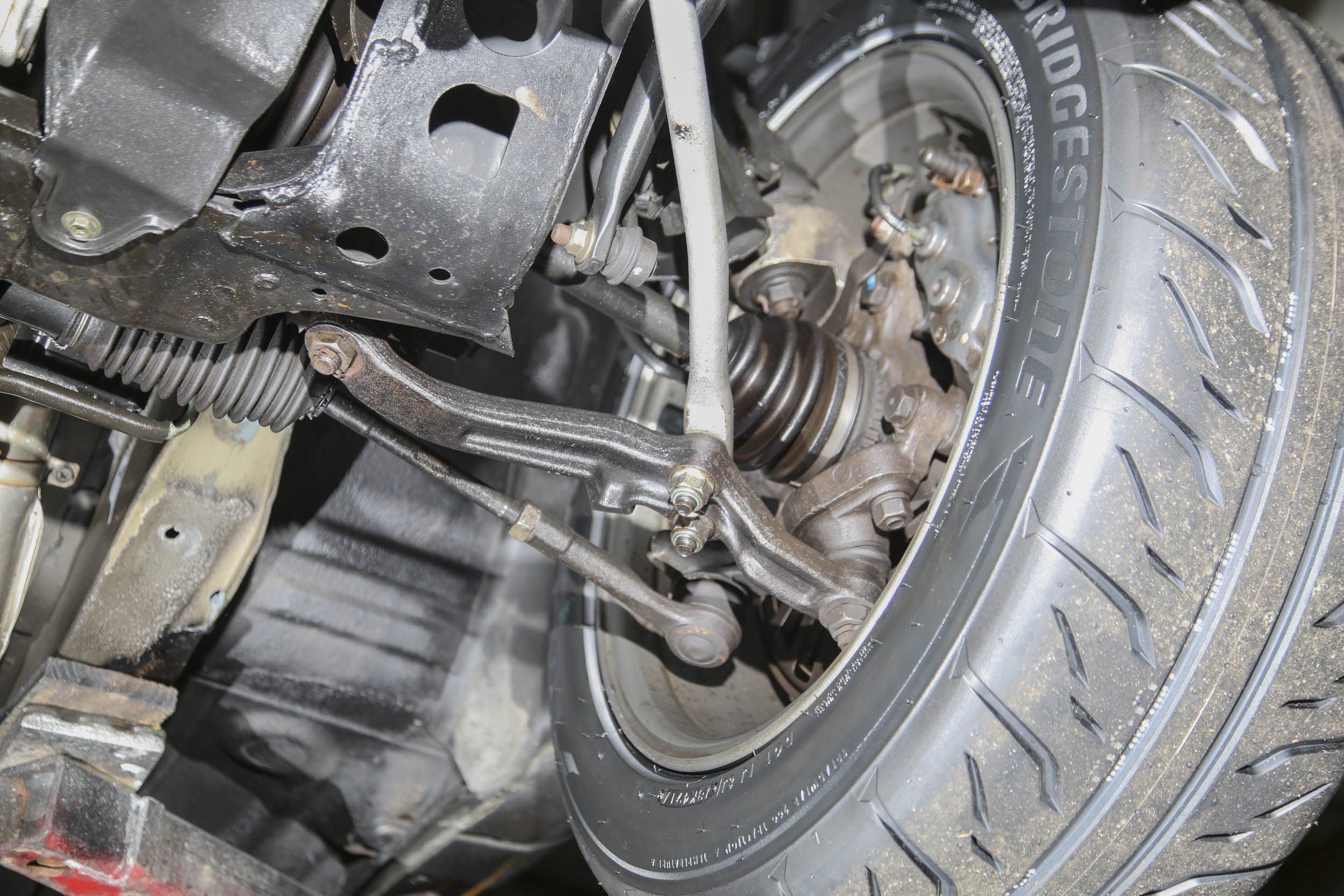 Nissan R32 GT-R Front Suspension