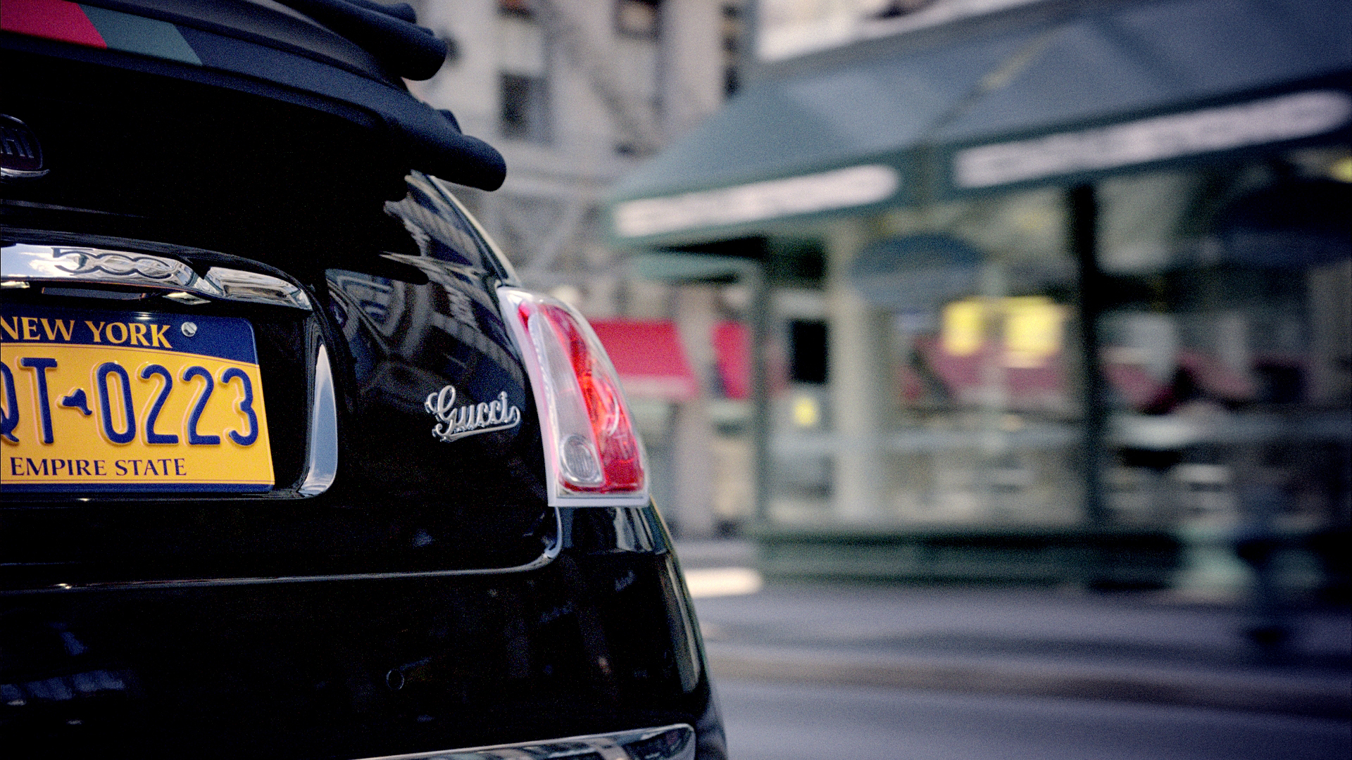 2012 Fiat 500 Gucci badge