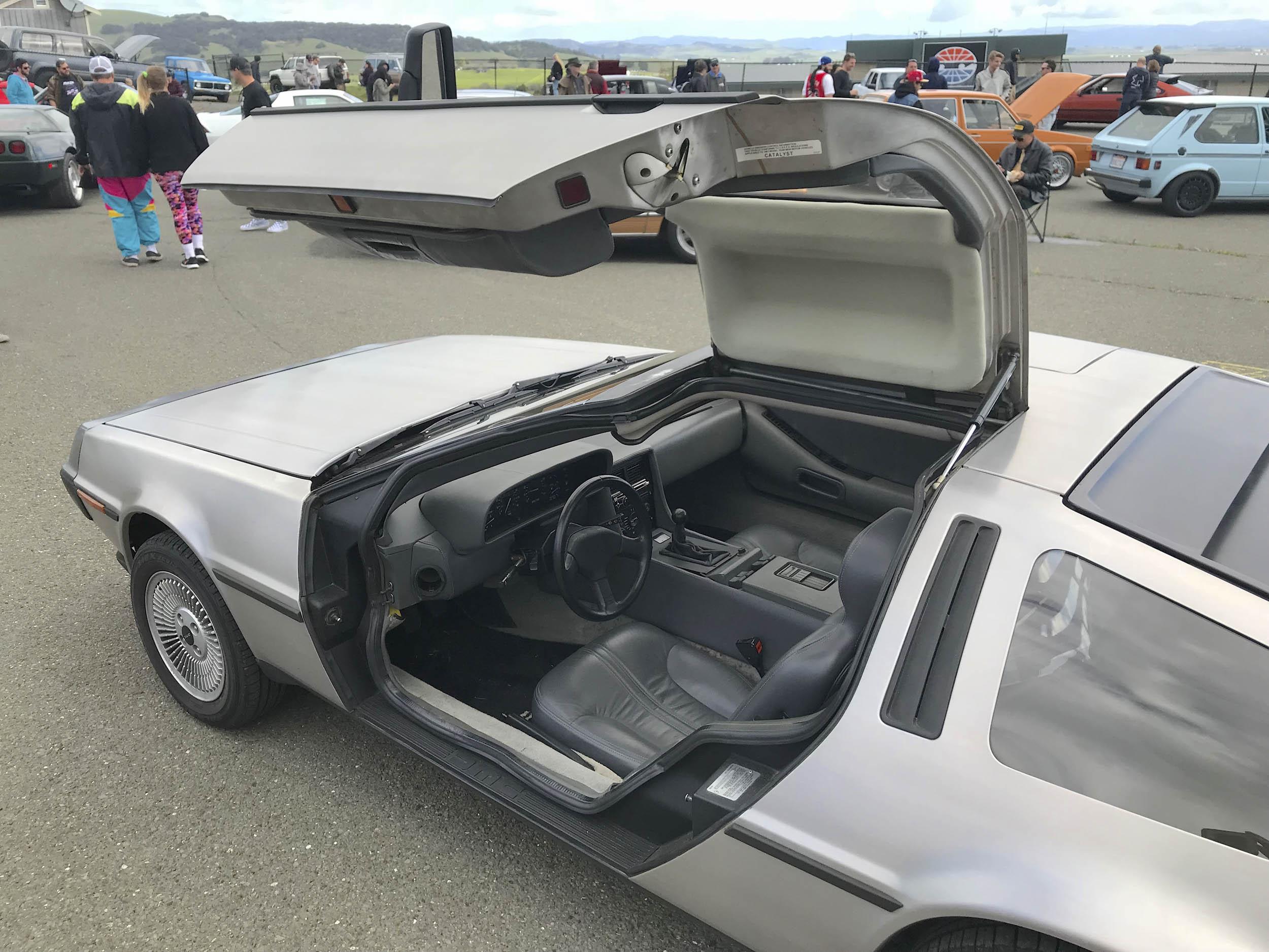 Radwood DeLorean Gullwing Interior