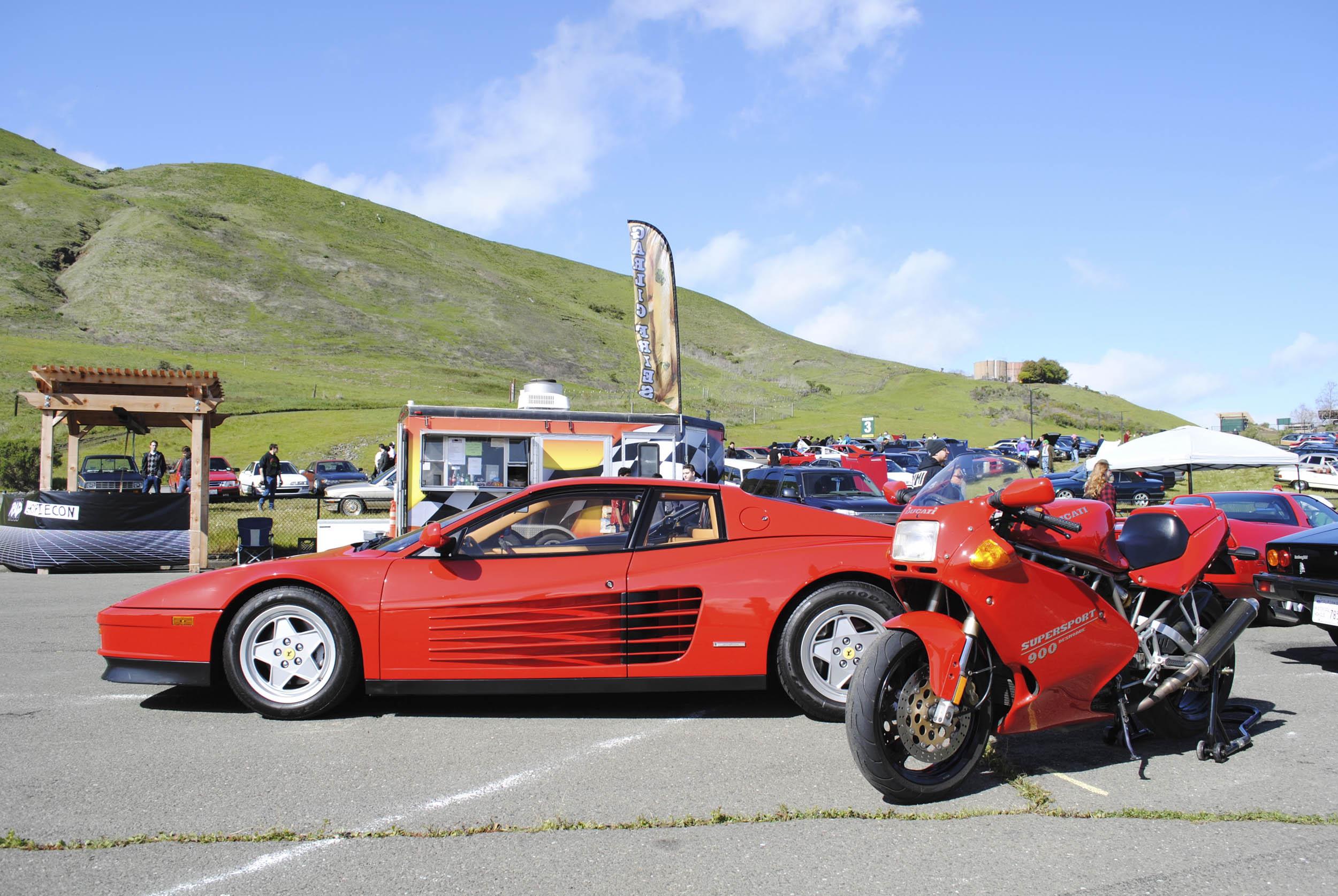 Radwood Ferrari Testarossa and Ducati 900