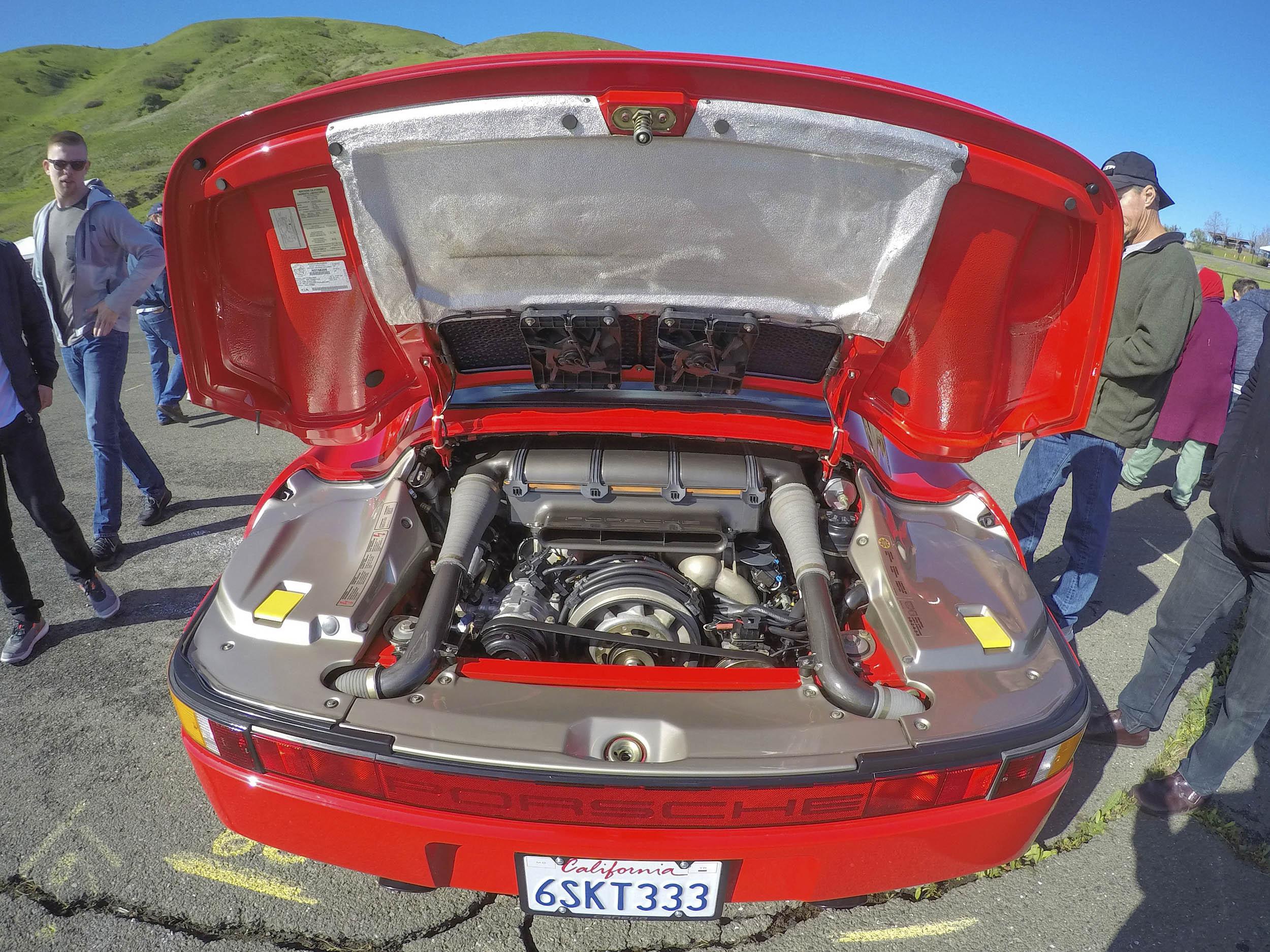 Radwood Porsche 959 engine